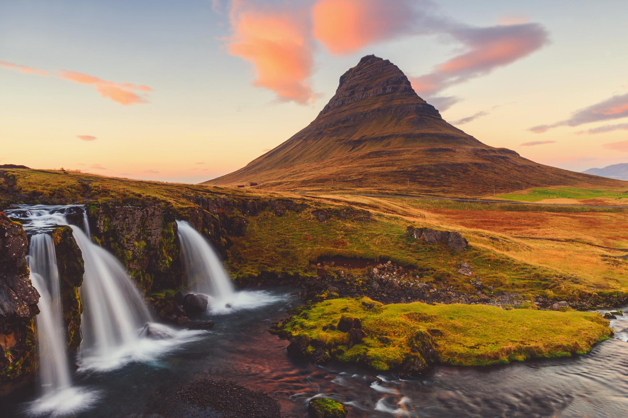 kirkjufell, iceland, jennifer picard photography, travel photographer