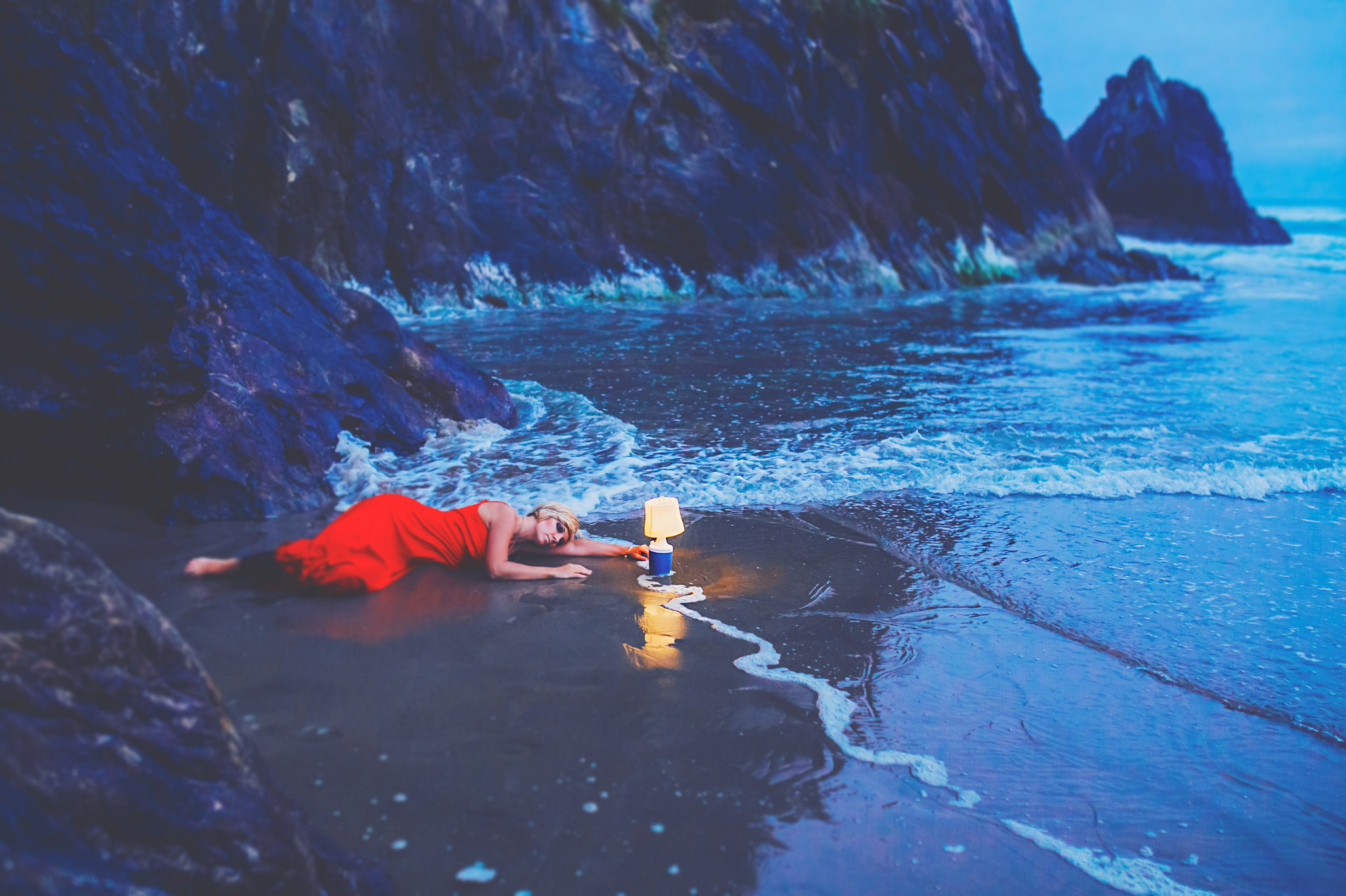 red dress project, oregon coast, jennifer picard photography & zen thinking