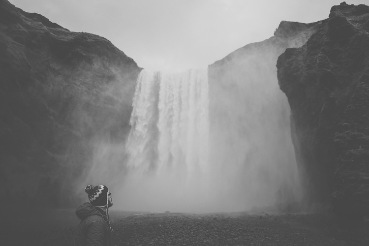 iceland,+portrait,+zen+thinking,+jennifer+picard+photography.jpeg