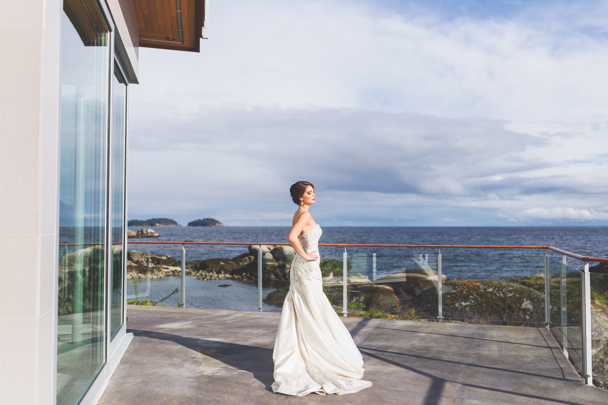 bridal editorial, pointhouse at sargeant bay, vancouver wedding photographer, jennifer picard photography