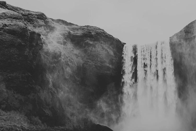 iceland,+travel+photography,+jennifer+picard+photography,+icelandic+horsesiceland,+travel+photography,+jennifer+picard+photography,+waterfall-2.jpeg