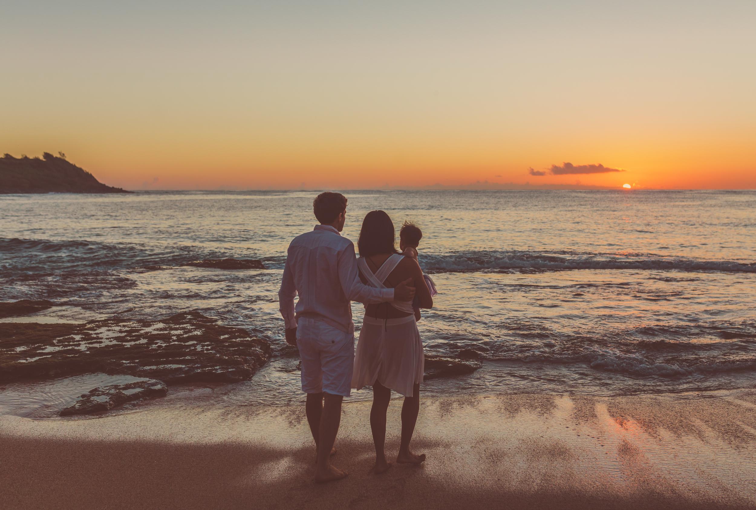kauai wedding photographer, jennifer picard photographer, kauai family sunrise photos