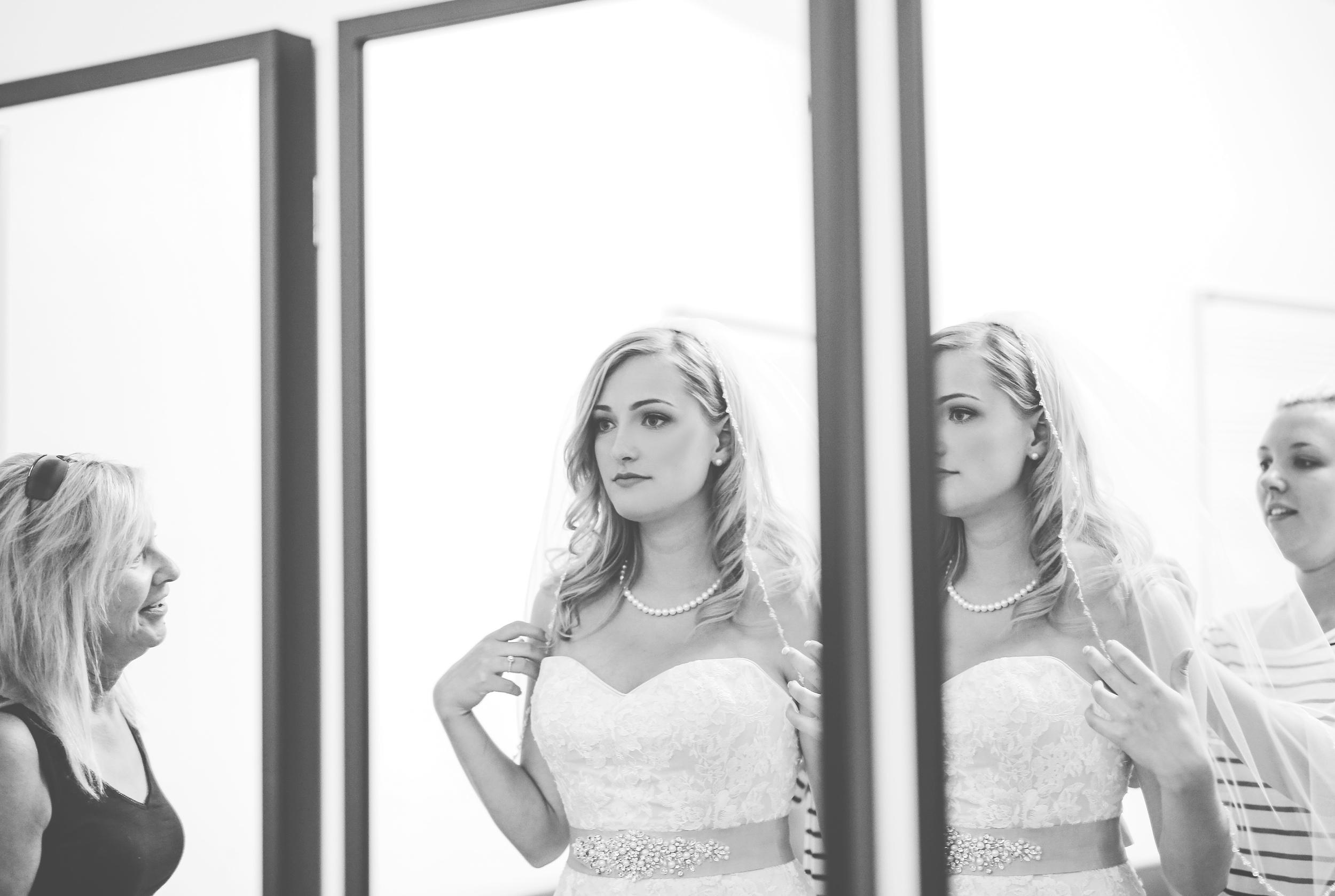 IMG_2124 VANCOUVER WEDDING PHOTOGRAPHER.jpg