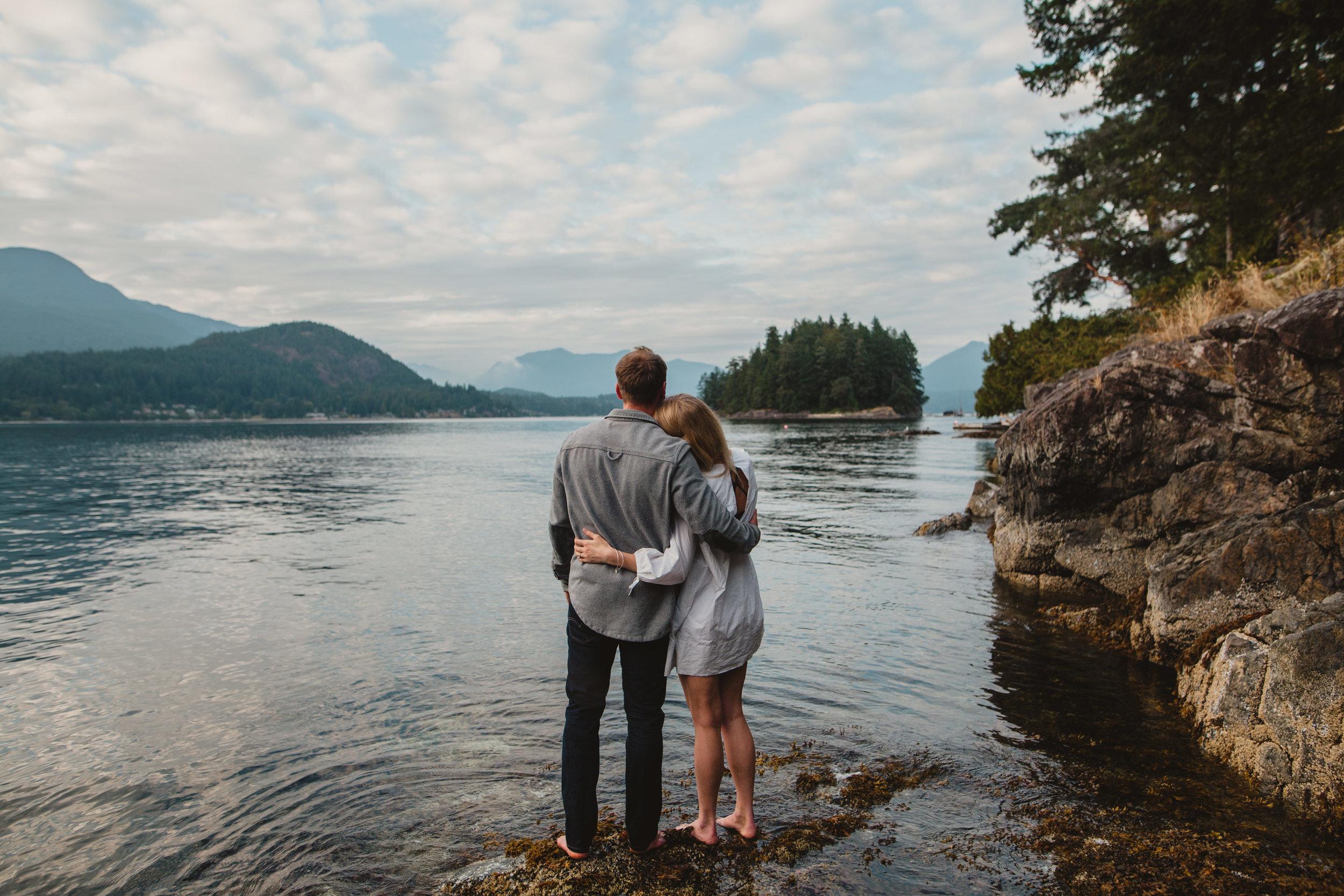 Keats Island Engagement Photos - Sunshine Coast Engagement Photos - Sunshine Coast Wedding Photographer - Vancovuer Wedding Photographer - Jennifer Picard Photography - IMG_3211.jpg