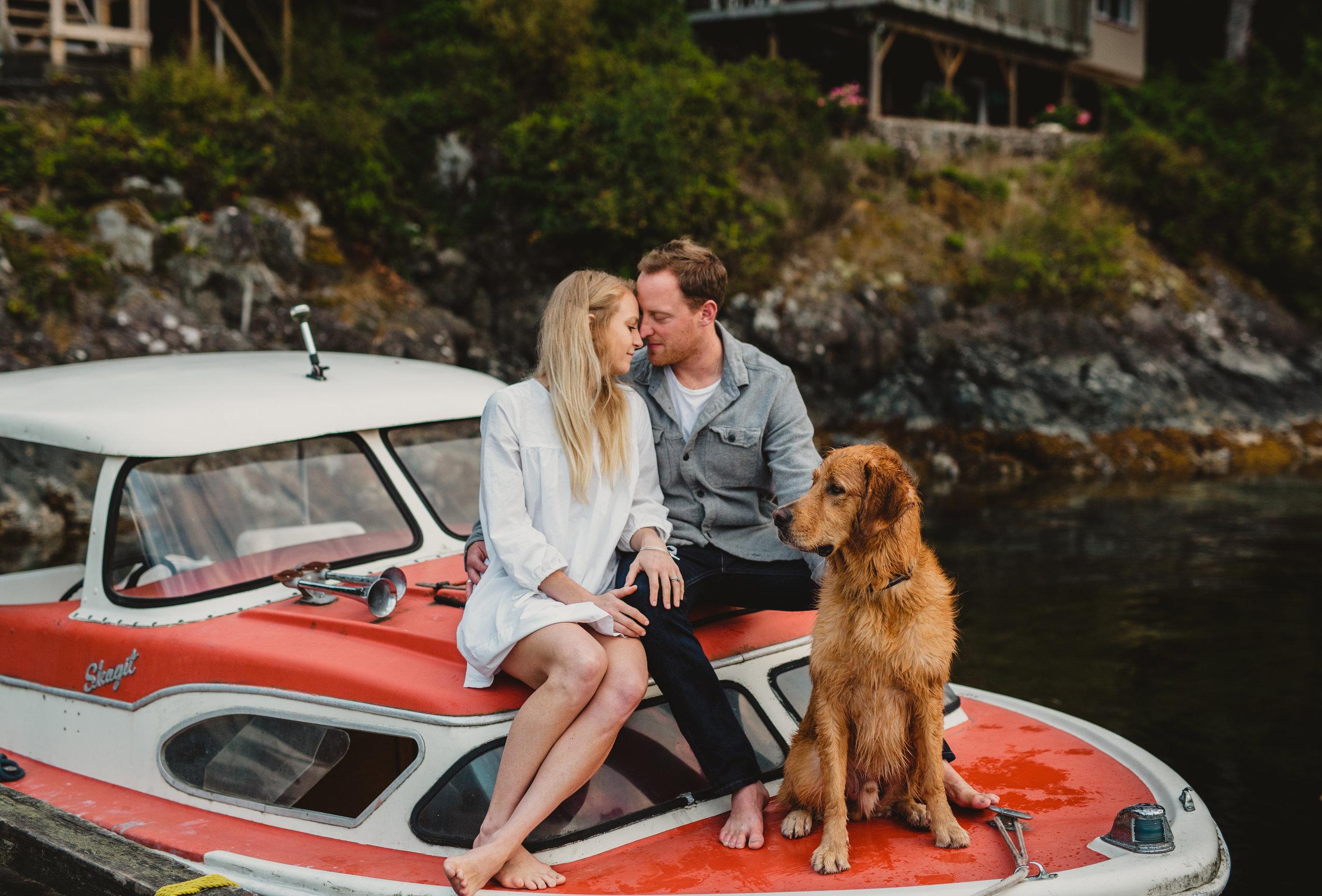 Keats Island Engagement Photos - Sunshine Coast Engagement Photos - Sunshine Coast Wedding Photographer - Vancovuer Wedding Photographer - Jennifer Picard Photography - IMG_0820.jpg