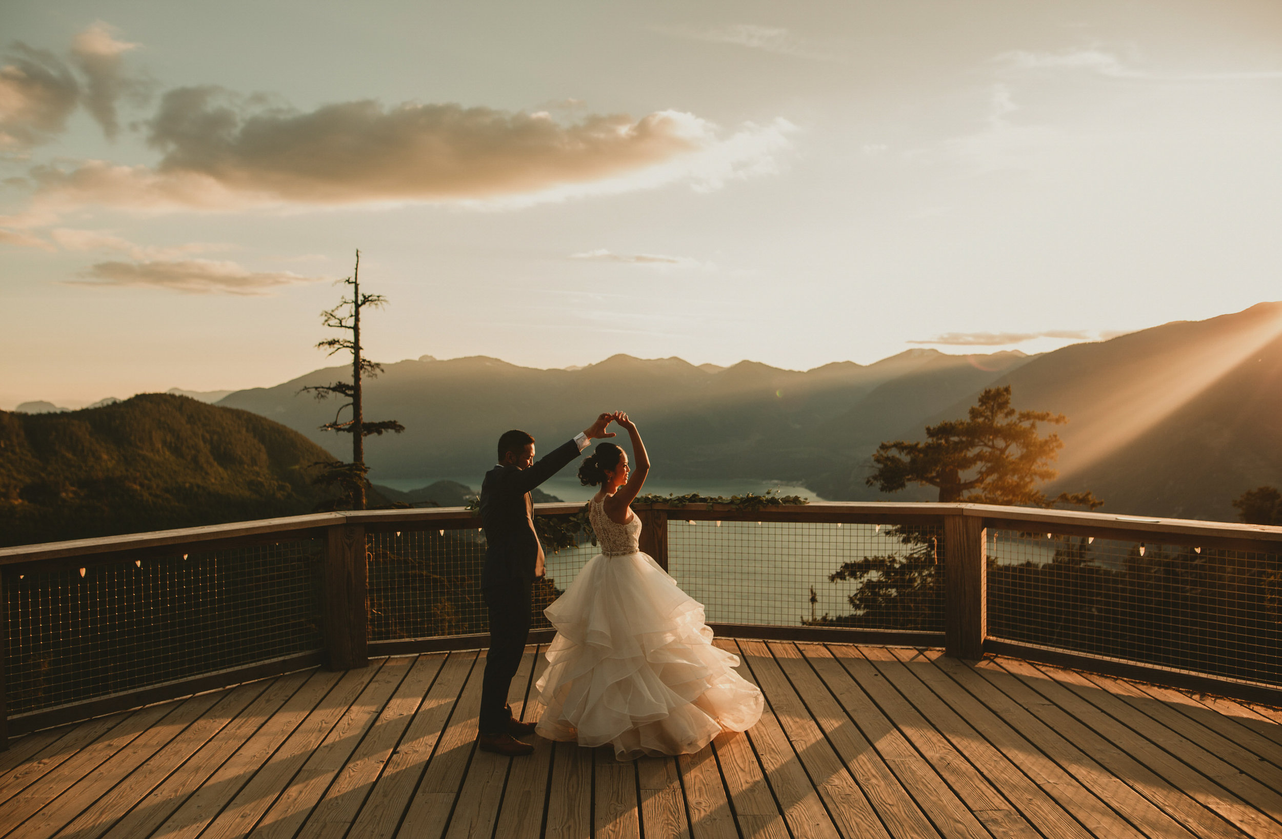 SEA TO SKY GONDOLA WEDDING - JENNIFER PICARD PHOTOGRAPHY - VANCOUVER WEDDING PHOTOGRAPHER - (2)_1 copy_1.jpg