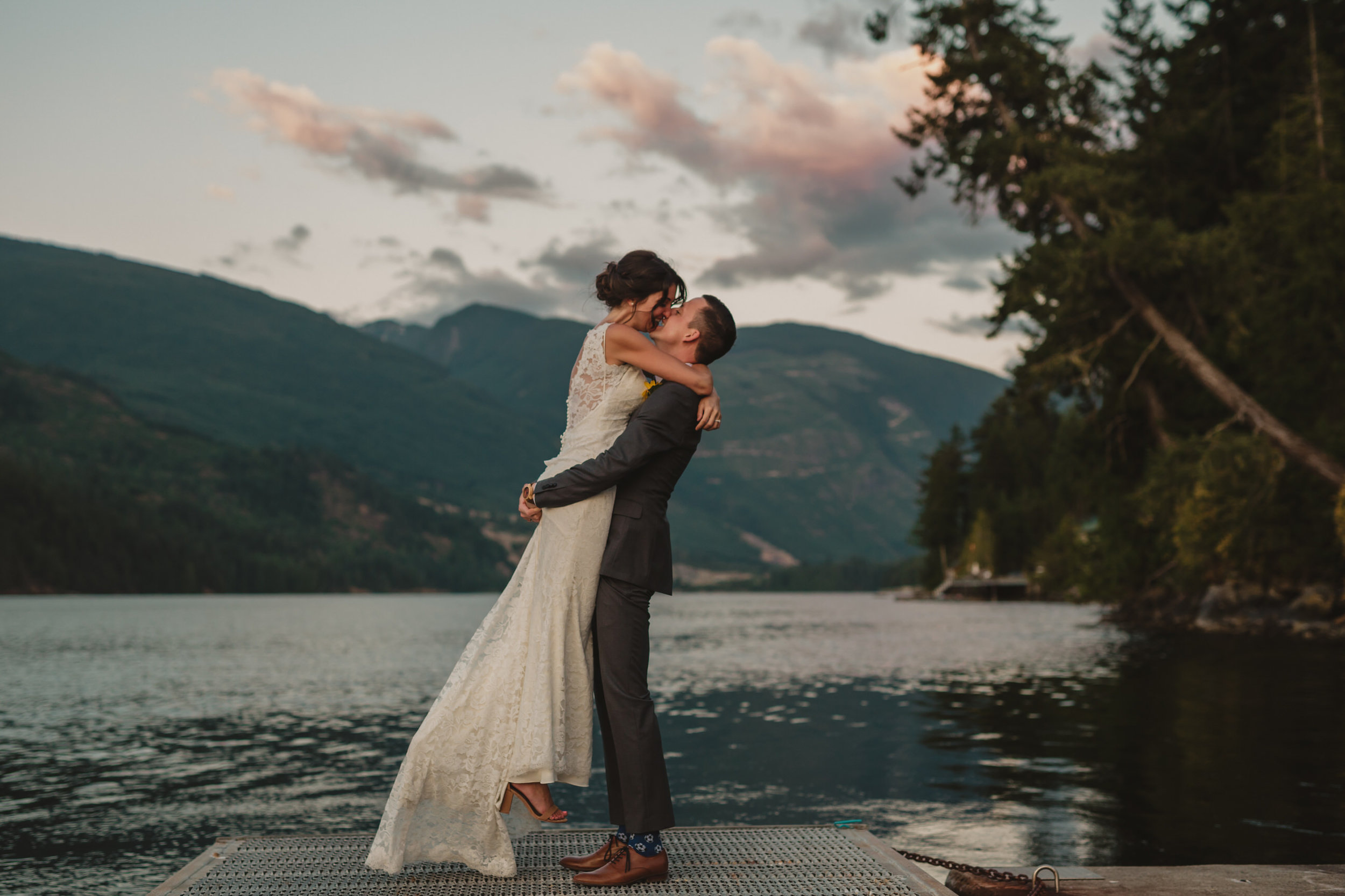 West Coast Wilderness Lodge Wedding Photos - Vancouver Wedding Photographer & Videographer - Sunshine Coast Wedding Photos - Sunshine Coast Wedding Photographer - Jennifer Picard Photography - IMG_1716.jpg