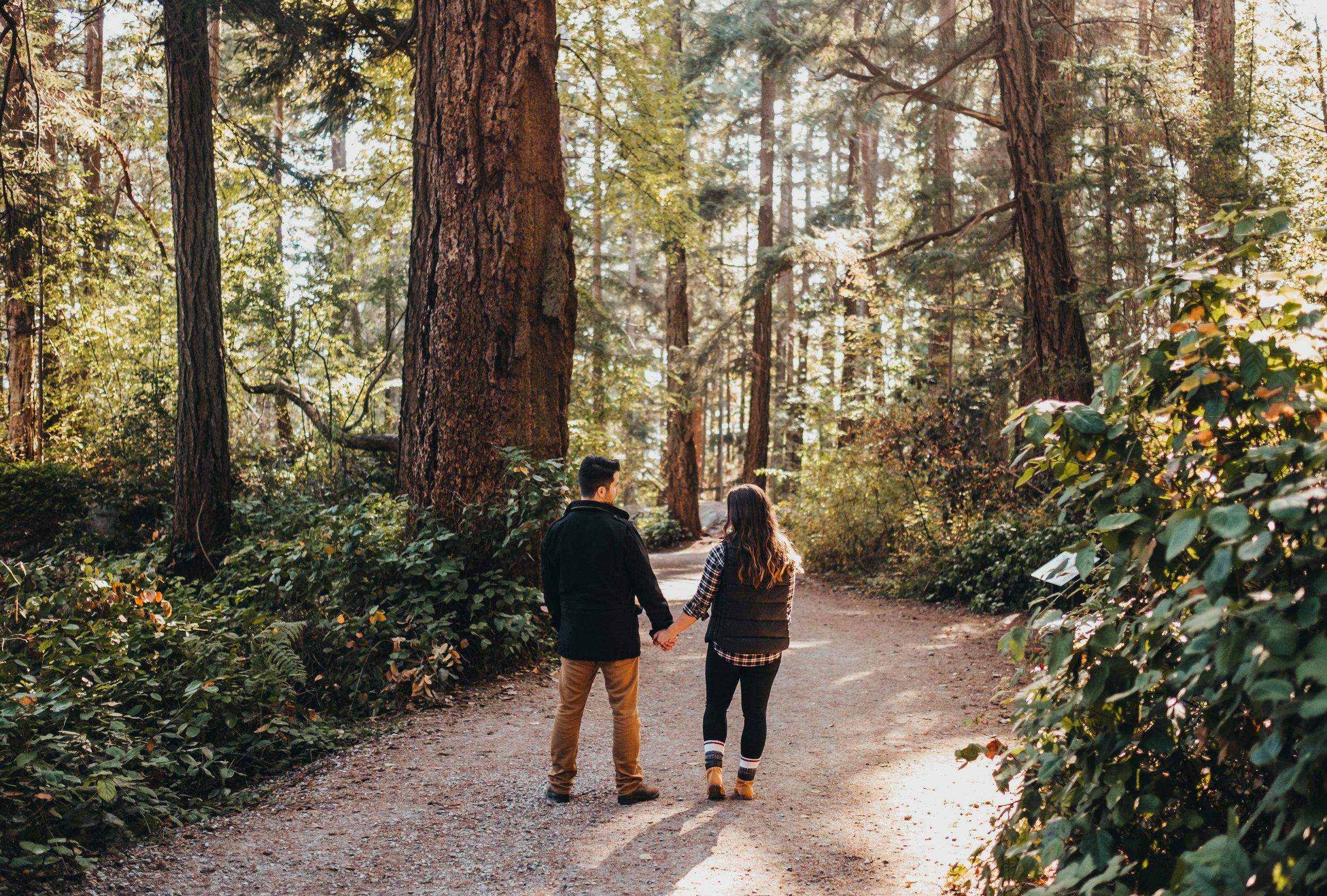 Lighthouse Park Engagement Photos - Vancouver Wedding Photographer & Videographer - Sunshine Coast Wedding Photos - Sunshine Coast Wedding Photographer - Jennifer Picard Photography - DSCF2308.jpg