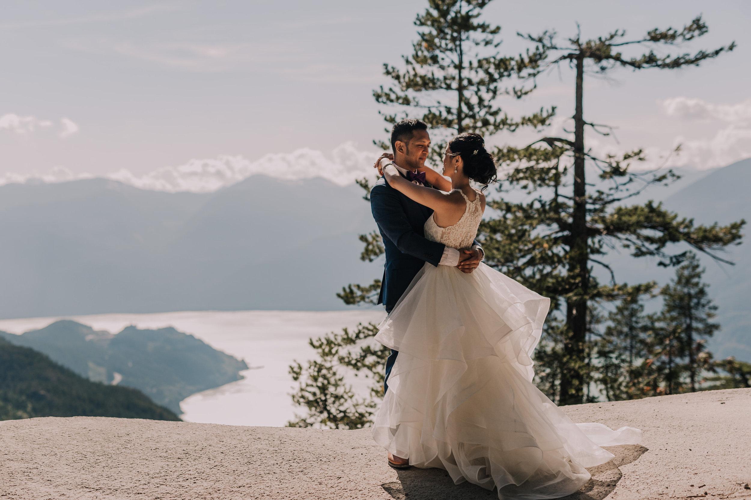 Squamish Wedding Photographer - Sea to Sky Gondola Wedding Photos -  Vancouver Wedding Photographer & Videographer - Sunshine Coast Wedding Photos - Sunshine Coast Wedding Photographer - Jennifer Picard Photography - IMG_3541.jpg