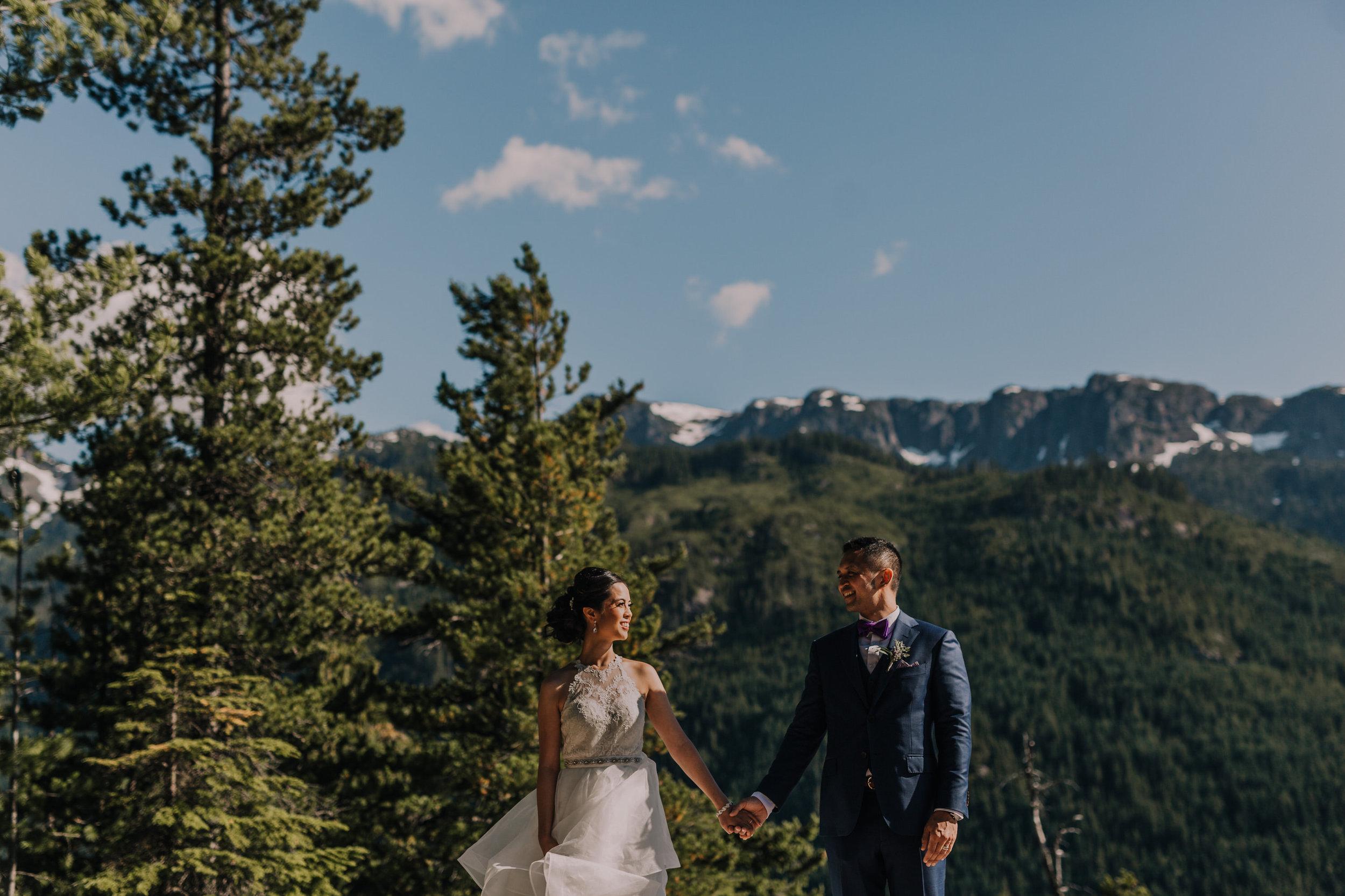 Squamish Wedding Photographer - Sea to Sky Gondola Wedding Photos -  Vancouver Wedding Photographer & Videographer - Sunshine Coast Wedding Photos - Sunshine Coast Wedding Photographer - Jennifer Picard Photography - IMG_3822.jpg
