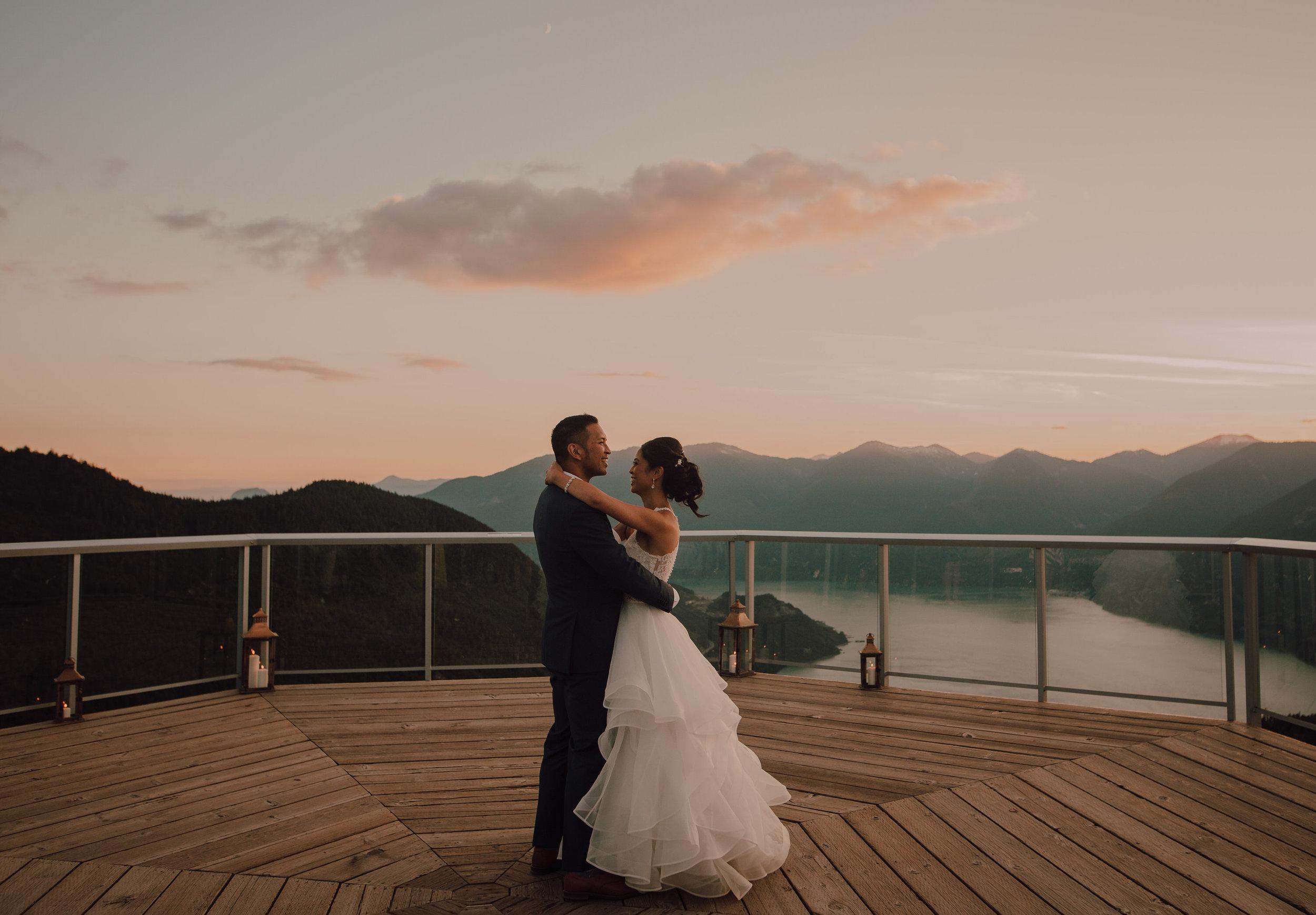 Squamish Wedding Photographer - Sea to Sky Gondola Wedding Photos -  Vancouver Wedding Photographer & Videographer - Sunshine Coast Wedding Photos - Sunshine Coast Wedding Photographer - Jennifer Picard Photography - IMG_5398.jpg