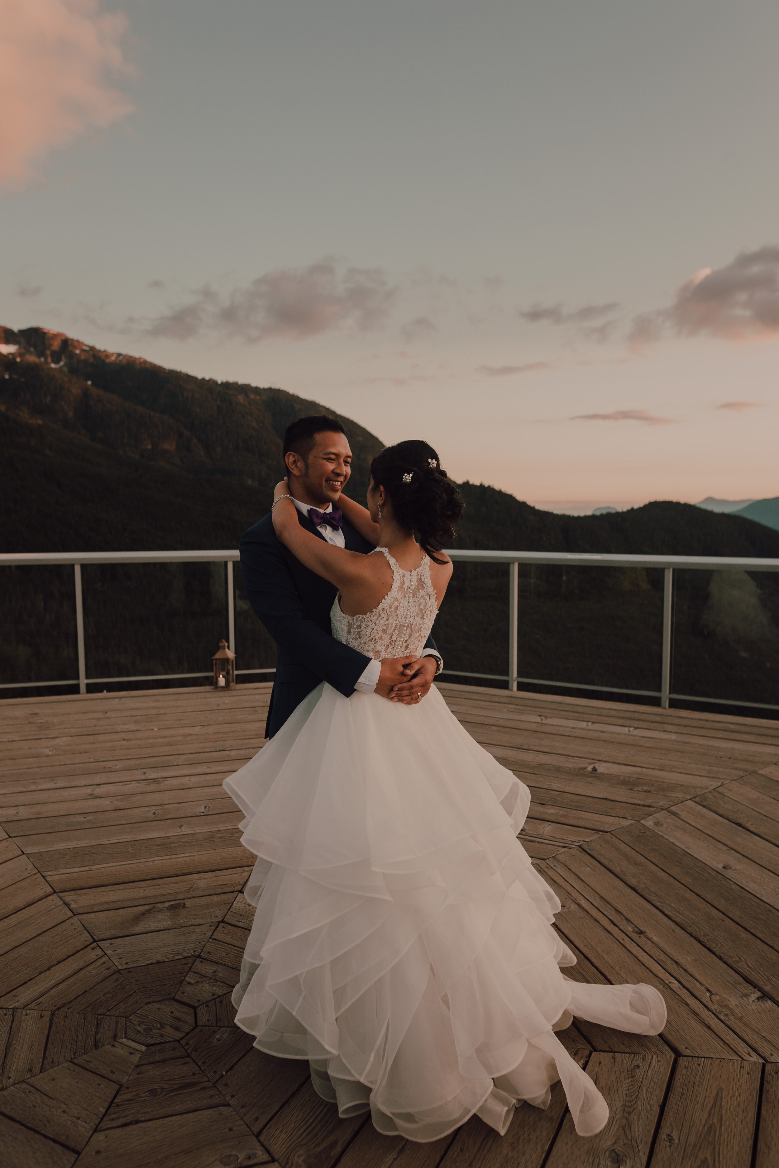 Squamish Wedding Photographer - Sea to Sky Gondola Wedding Photos -  Vancouver Wedding Photographer & Videographer - Sunshine Coast Wedding Photos - Sunshine Coast Wedding Photographer - Jennifer Picard Photography - IMG_5433.jpg