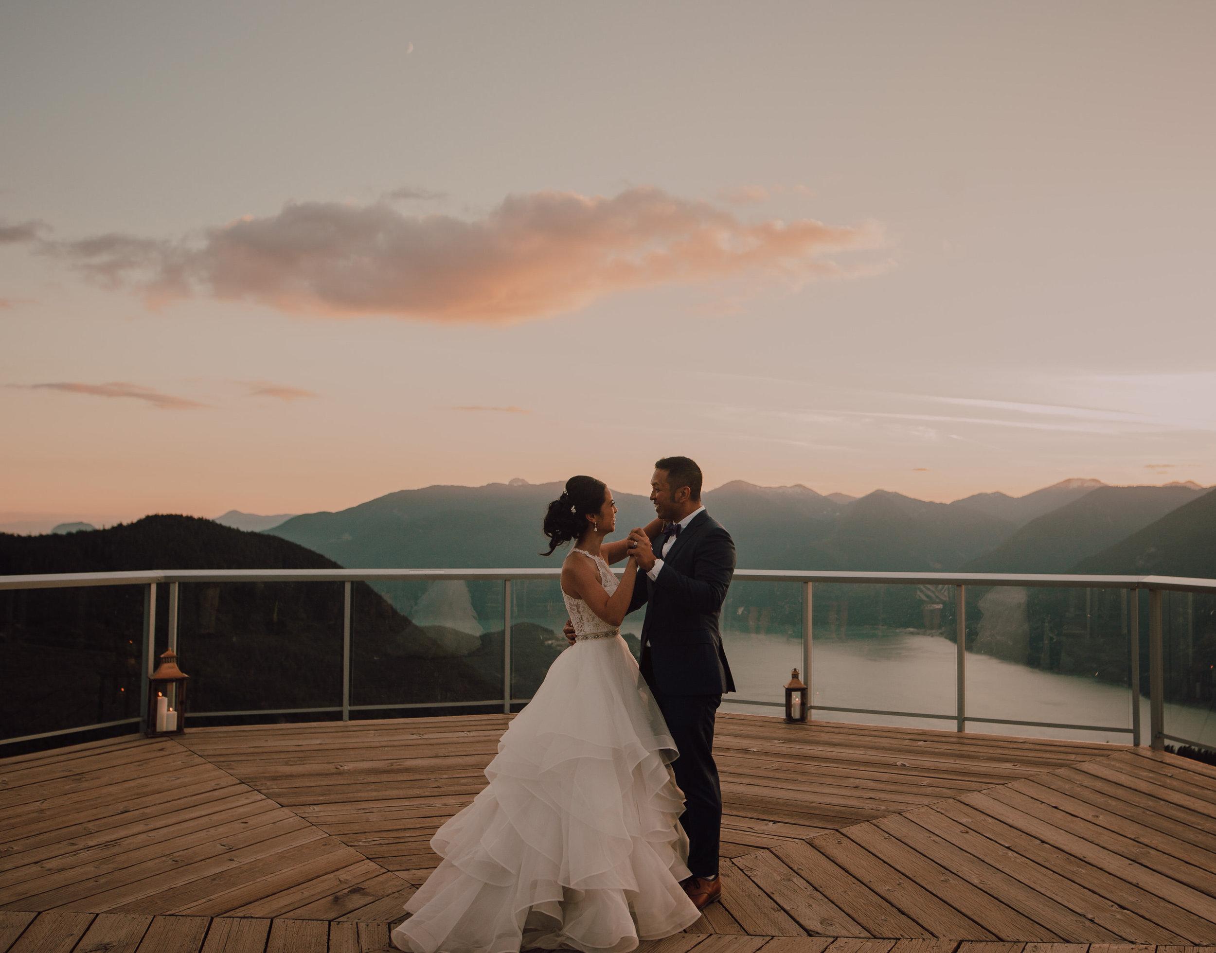 Squamish Wedding Photographer - Sea to Sky Gondola Wedding Photos -  Vancouver Wedding Photographer & Videographer - Sunshine Coast Wedding Photos - Sunshine Coast Wedding Photographer - Jennifer Picard Photography - IMG_5554.jpg
