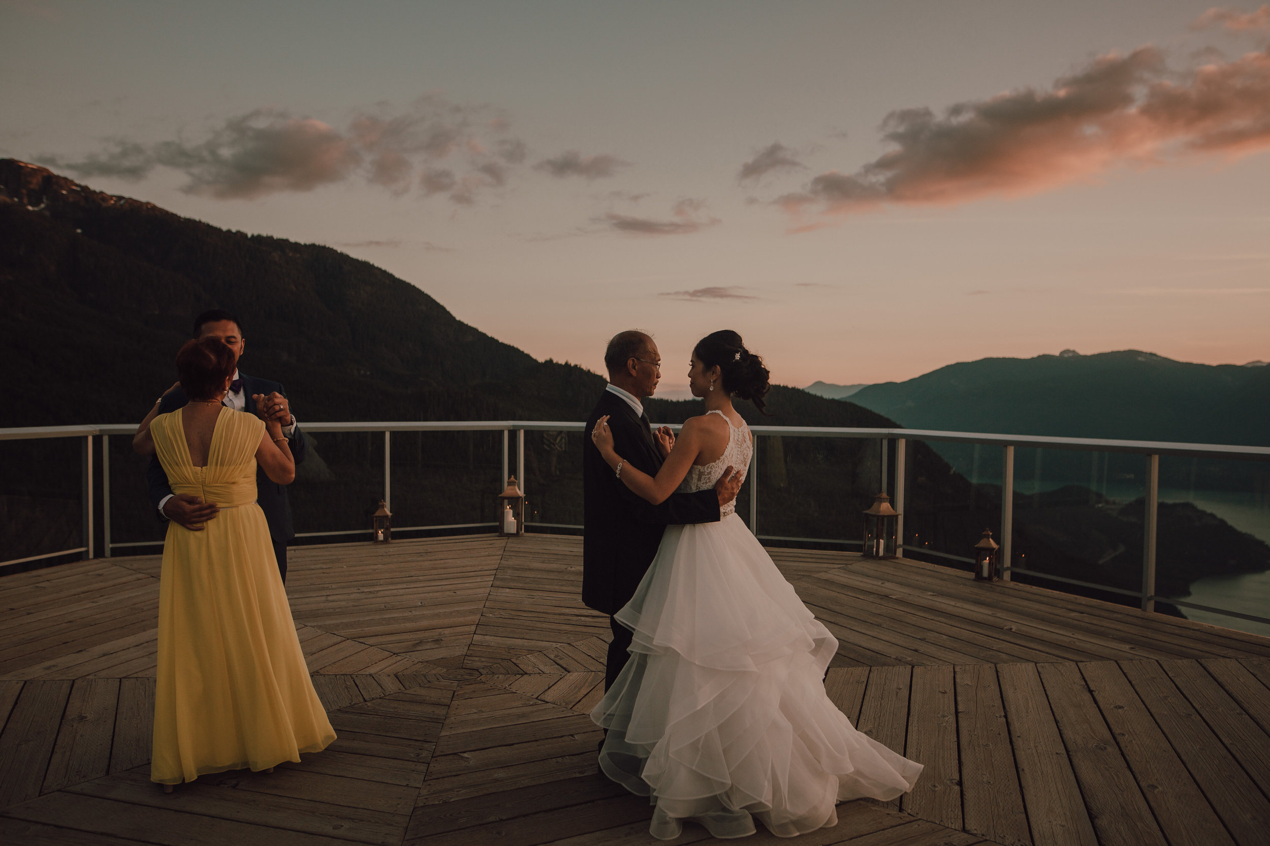 Squamish Wedding Photographer - Sea to Sky Gondola Wedding Photos -  Vancouver Wedding Photographer & Videographer - Sunshine Coast Wedding Photos - Sunshine Coast Wedding Photographer - Jennifer Picard Photography - IMG_5536.jpg
