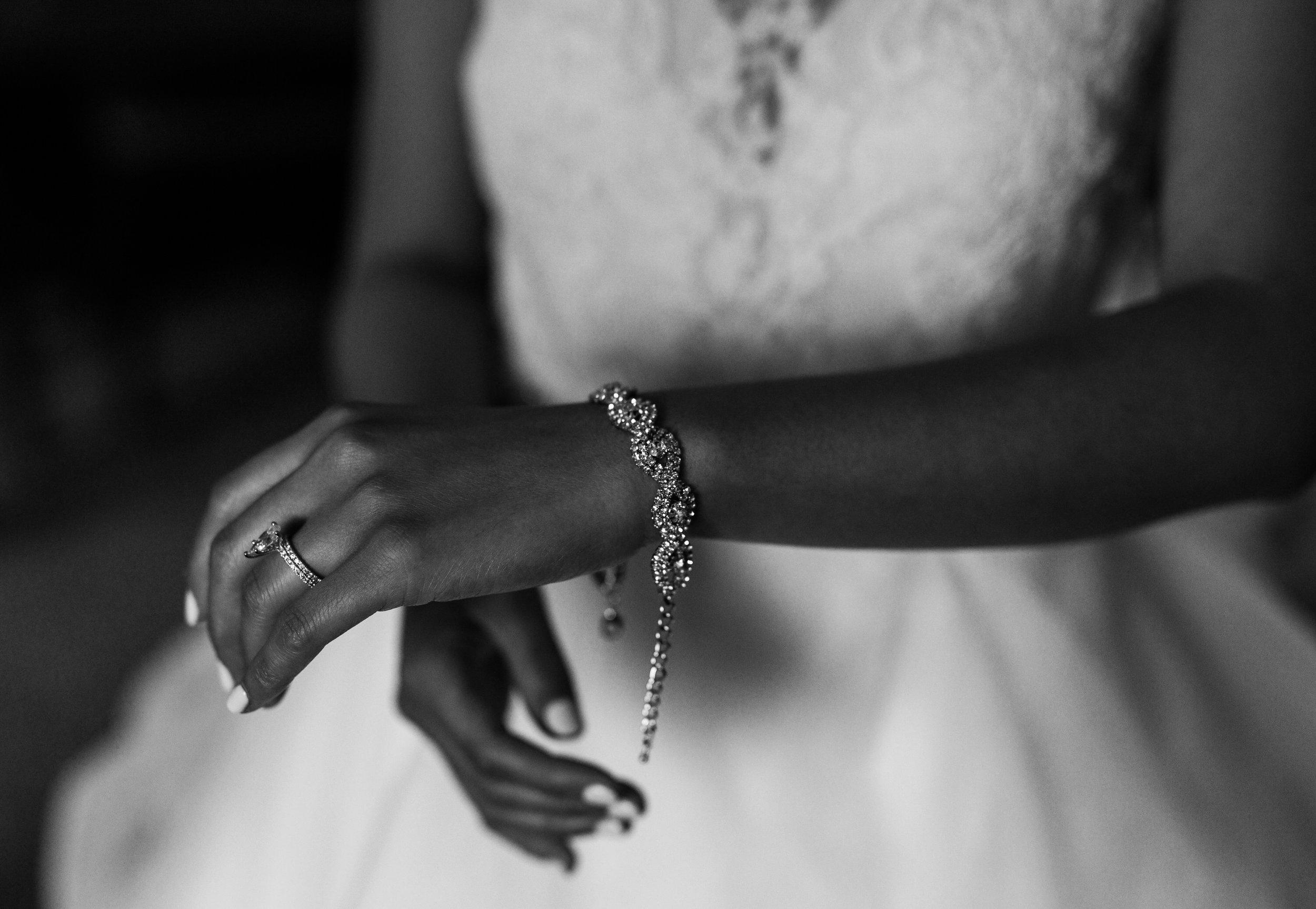 Squamish Wedding Photographer - Sea to Sky Gondola Wedding Photos -  Vancouver Wedding Photographer & Videographer - Sunshine Coast Wedding Photos - Sunshine Coast Wedding Photographer - Jennifer Picard Photography - IMG_1916.jpg