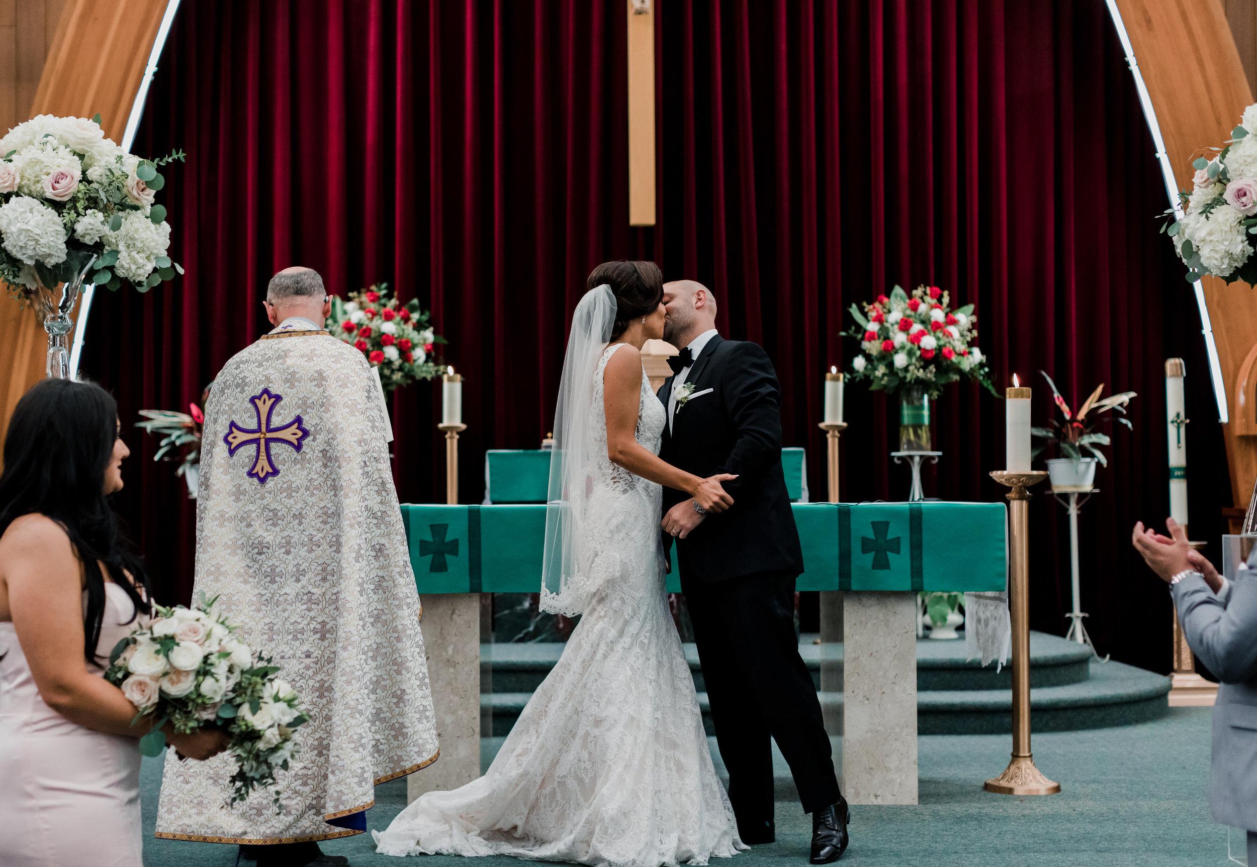 Pitt Meadows Wedding Photographer - Sky Hangar Wedding Photos - Vancouver Wedding Photographer & Videographer - Sunshine Coast Wedding Photos - Sunshine Coast Wedding Photographer - Jennifer Picard Photography - 1A5A1330.jpg