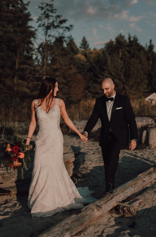 Day After Wedding Photos - Sunshine Coast Wedding Photos - Sunset Wedding Photos - Vancouver Wedding Photographer & Videographer - Sunshine Coast Wedding Photos - Sunshine Coast Wedding Photographer - Jennifer Picard Photography - 1A5A8984.jpg