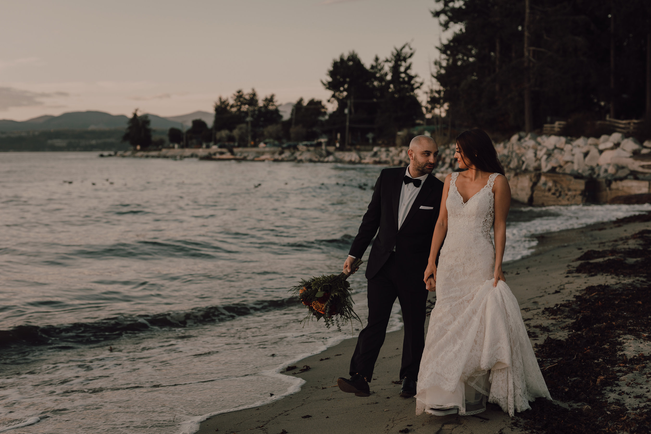 Day After Wedding Photos - Sunshine Coast Wedding Photos - Sunset Wedding Photos - Vancouver Wedding Photographer & Videographer - Sunshine Coast Wedding Photos - Sunshine Coast Wedding Photographer - Jennifer Picard Photography - 1A5A9146.jpg