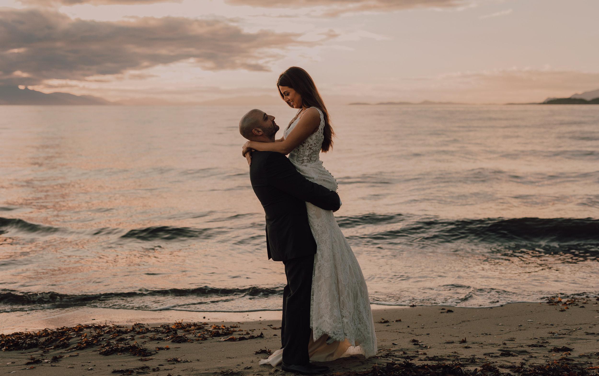 Day After Wedding Photos - Sunshine Coast Wedding Photos - Sunset Wedding Photos - Vancouver Wedding Photographer & Videographer - Sunshine Coast Wedding Photos - Sunshine Coast Wedding Photographer - Jennifer Picard Photography - 1A5A9349.jpg