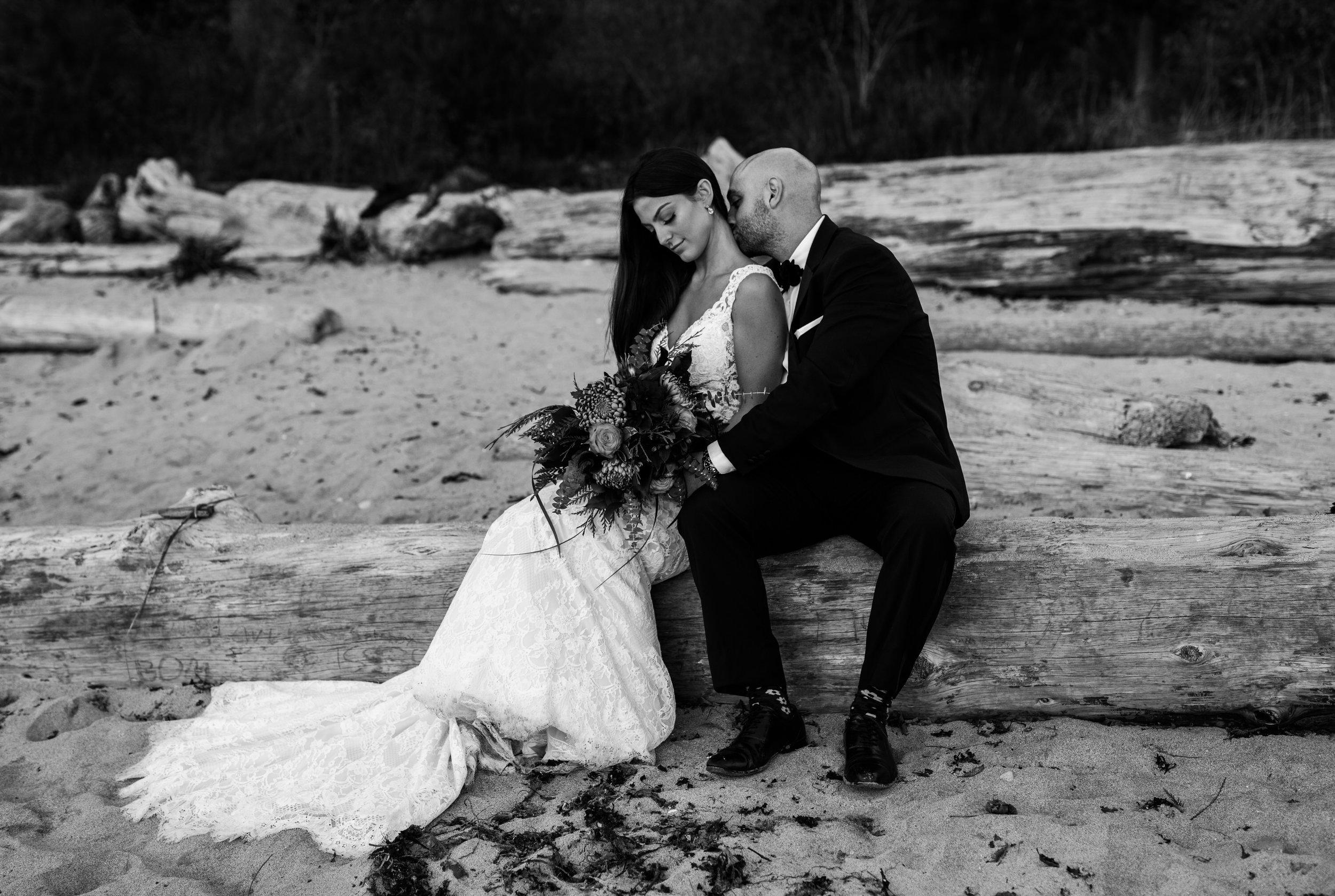 Day After Wedding Photos - Sunshine Coast Wedding Photos - Sunset Wedding Photos - Vancouver Wedding Photographer & Videographer - Sunshine Coast Wedding Photos - Sunshine Coast Wedding Photographer - Jennifer Picard Photography - 1A5A9671.jpg