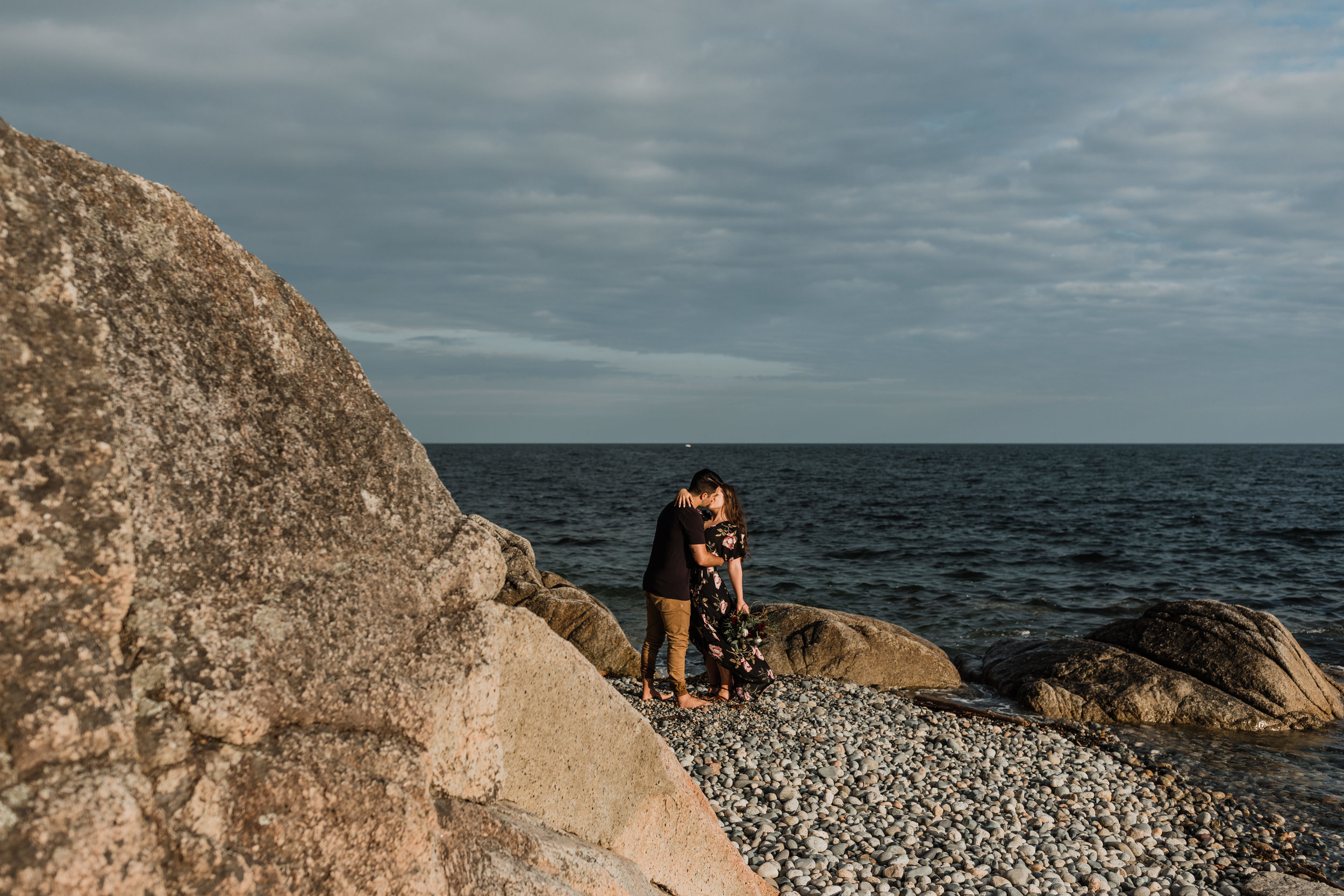Sechelt Engagement Photos, Sunshine Coast Wedding Photographer