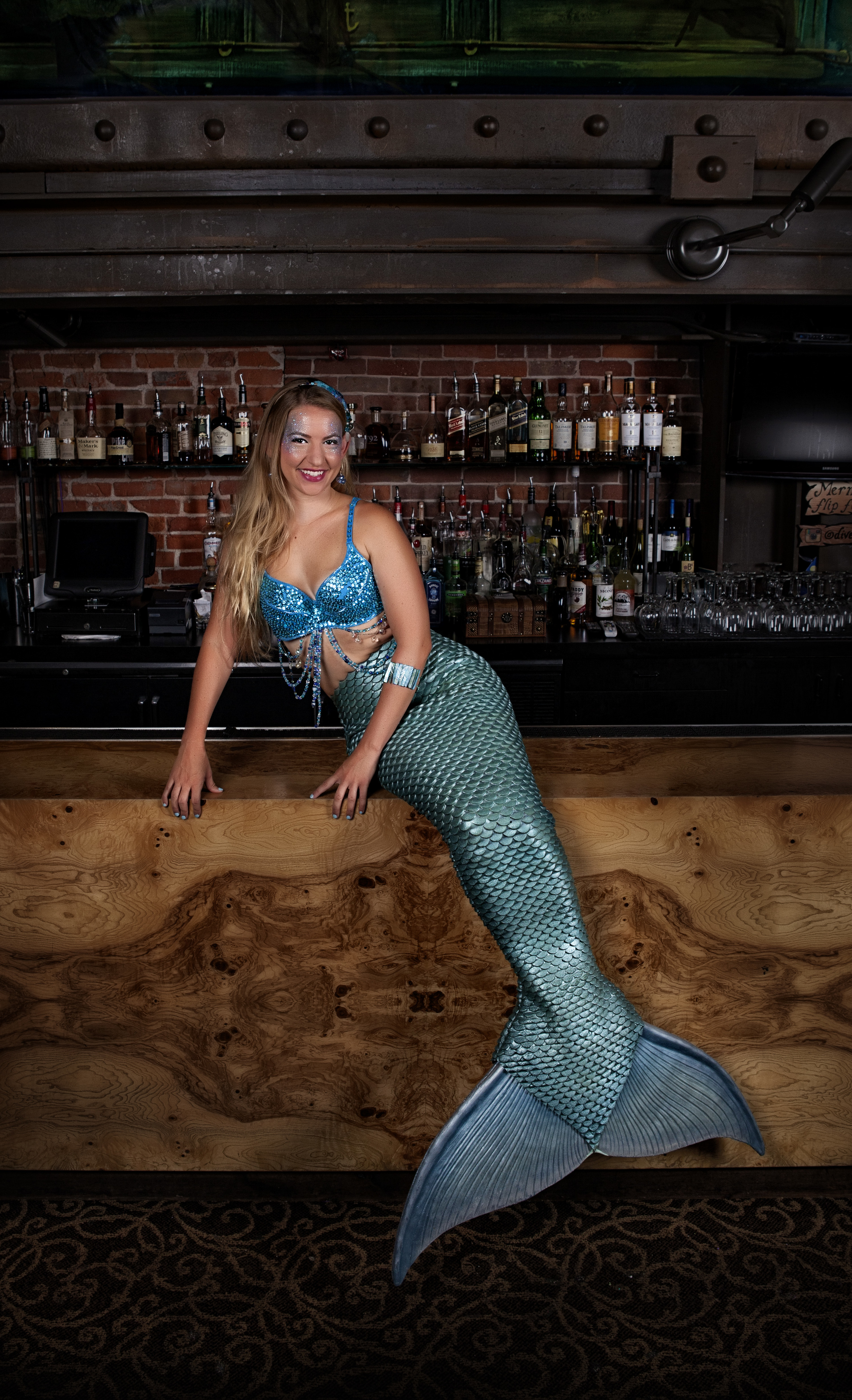 Mermaid Rachel  at Dive Bar, Image courtesy of Benton Photography - image may not be used in commercial sale or news distribution without express written authorization of photographer.