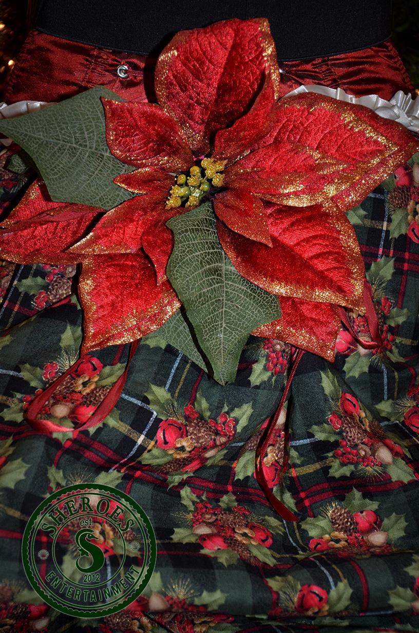 Christmas-Girl-Dress-Bustle.jpg