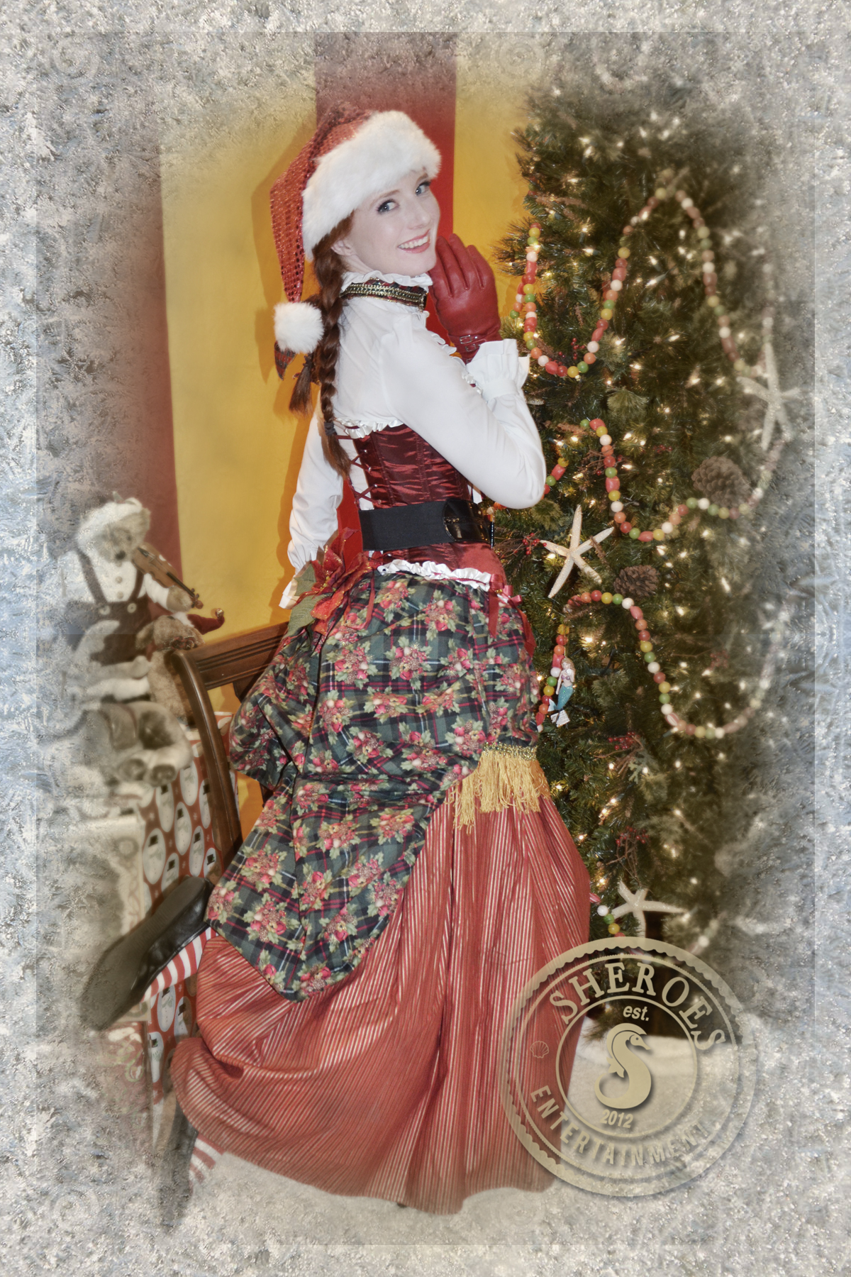 Vintage Victorian Christmas Girl 2.jpg