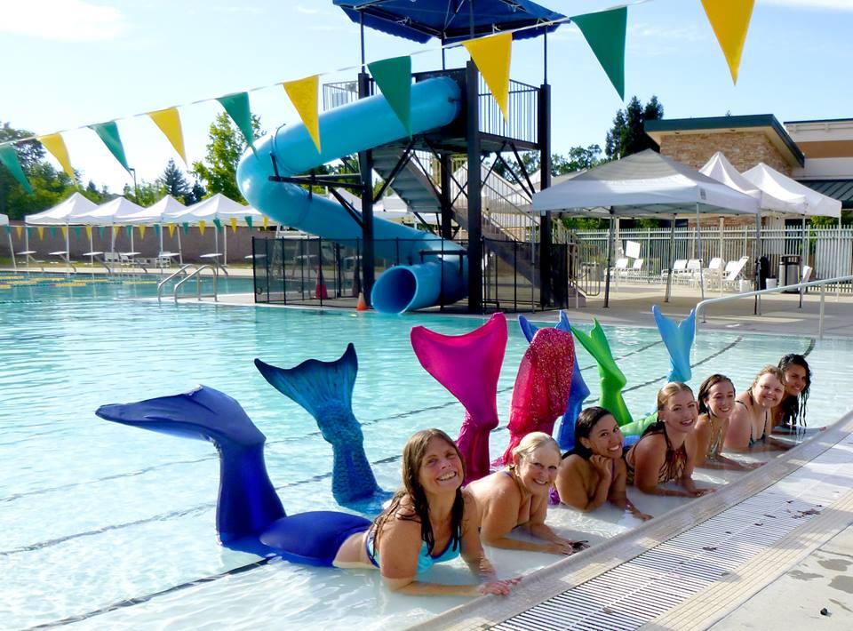 (c) Rachel Smith - Sample of Mermaid School, general public attendees