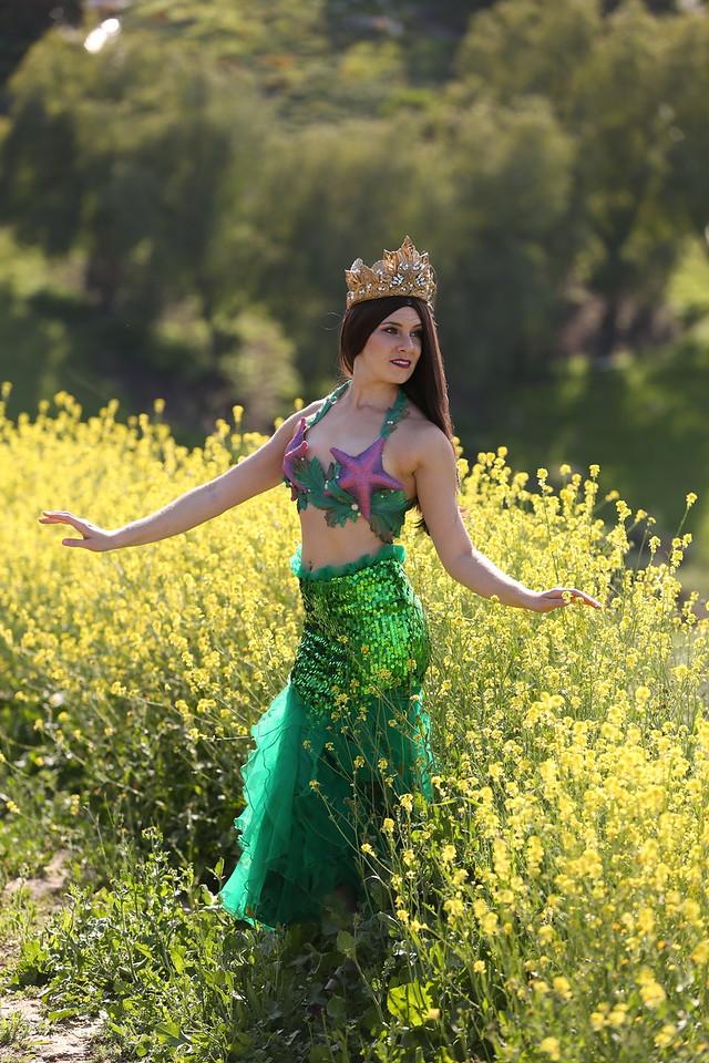 Mermaid Merissa - Walking Skirt Los Angeles Mermaid Party Character Entertainment.jpg