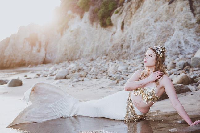 Blonde Professional Mermaid for Party Pasadena - Mermaid Cascade Sheroes 4