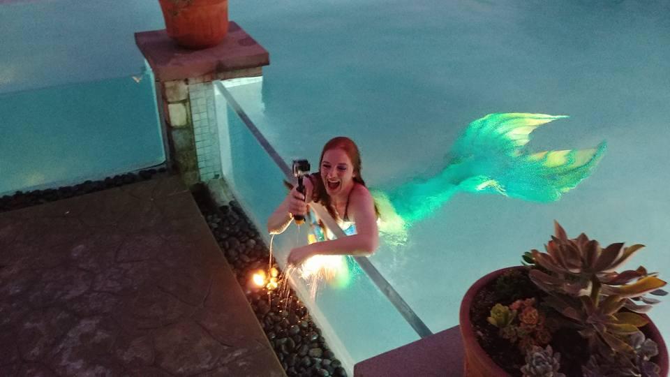 Catalina Mermaid Selfie - Trevor Rigby Photographer.jpg