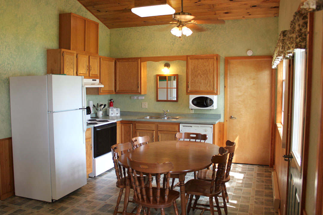 5kitchen2.jpg