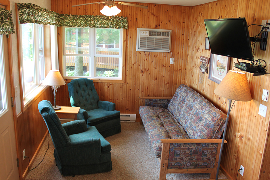 Cabin3 LR.jpg