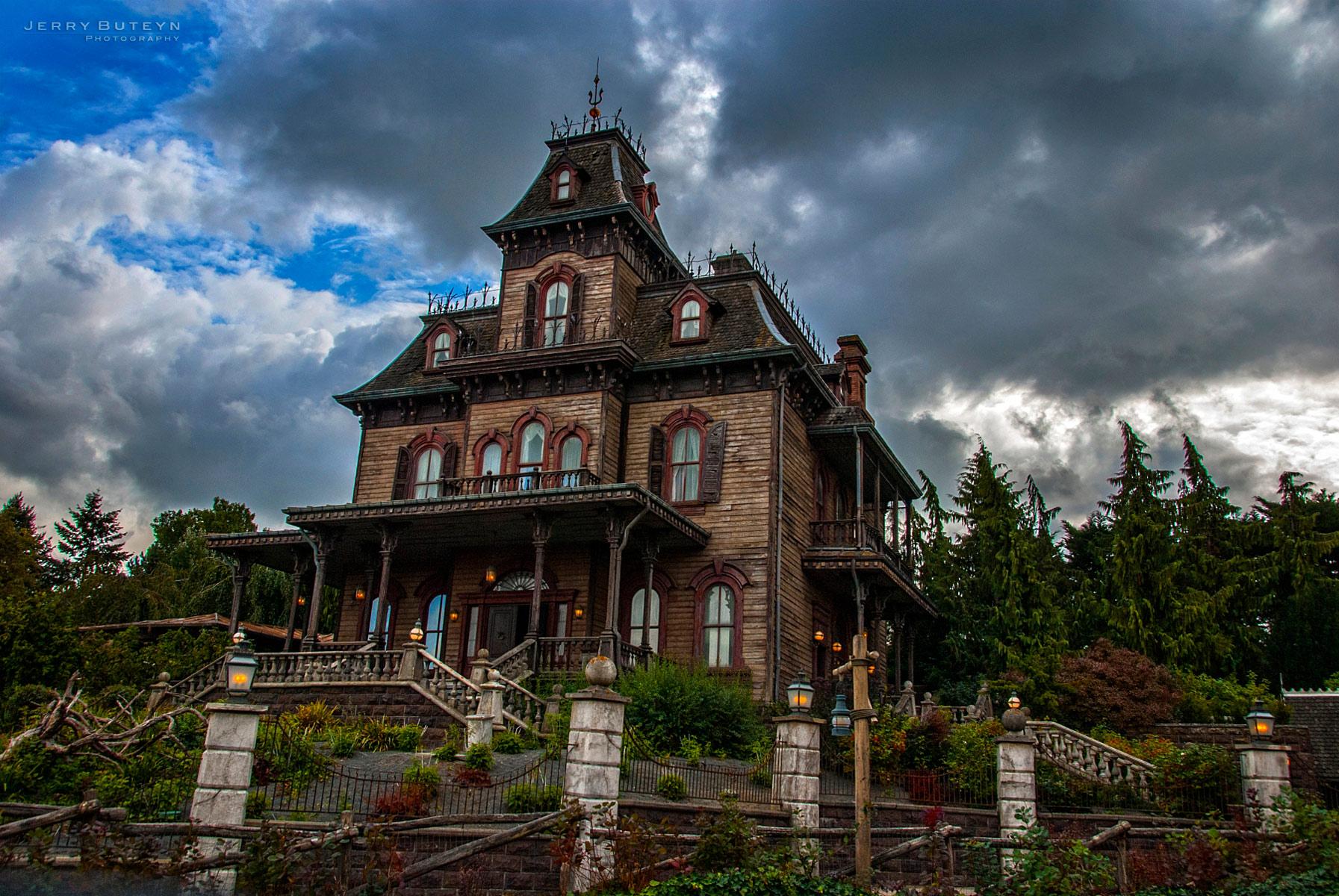 Disneyland-Paris-02.jpg