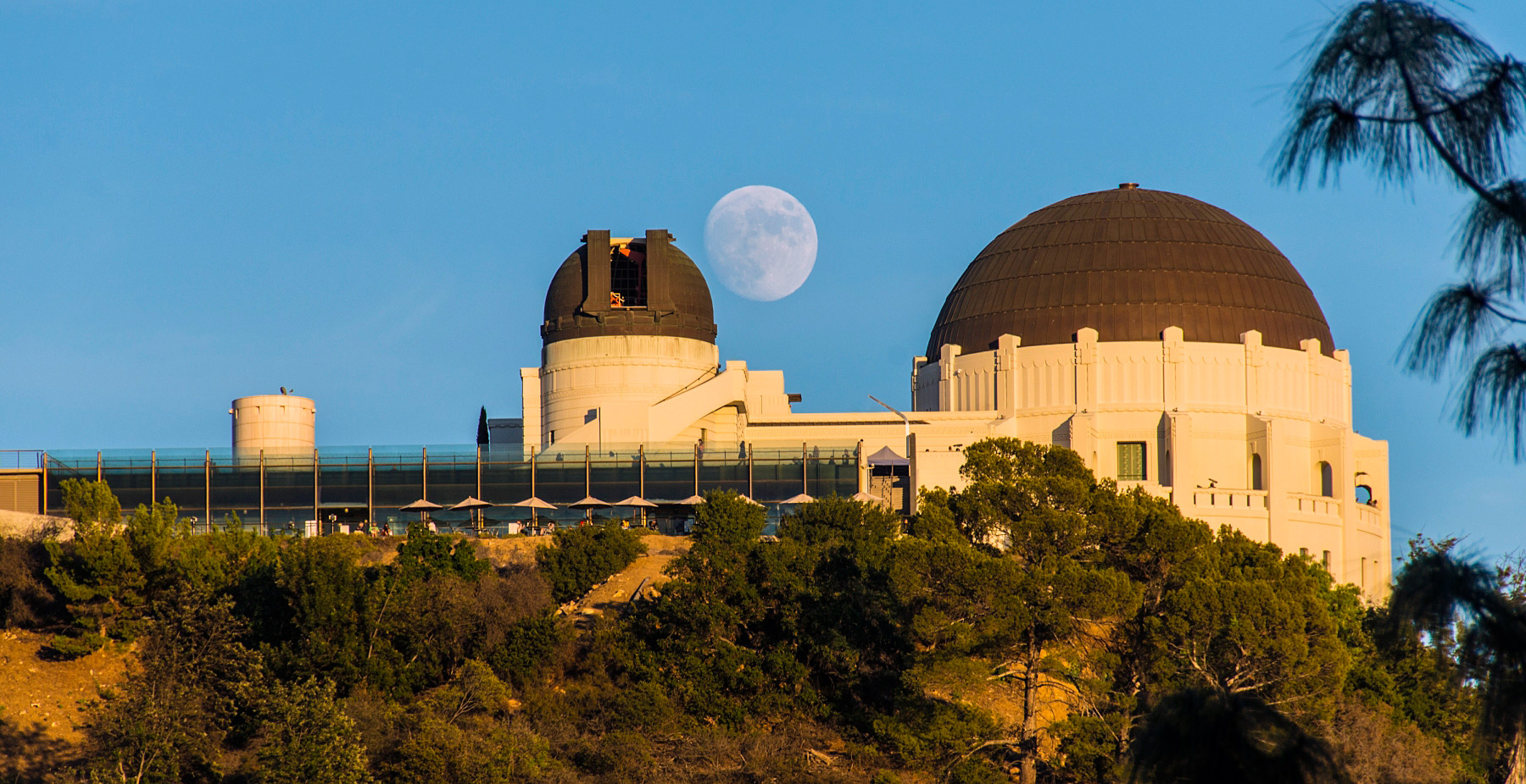 Moon-Over-Griffith-Observatory.jpg