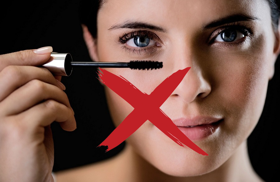 Semi-Permanent Eyelash Extensions