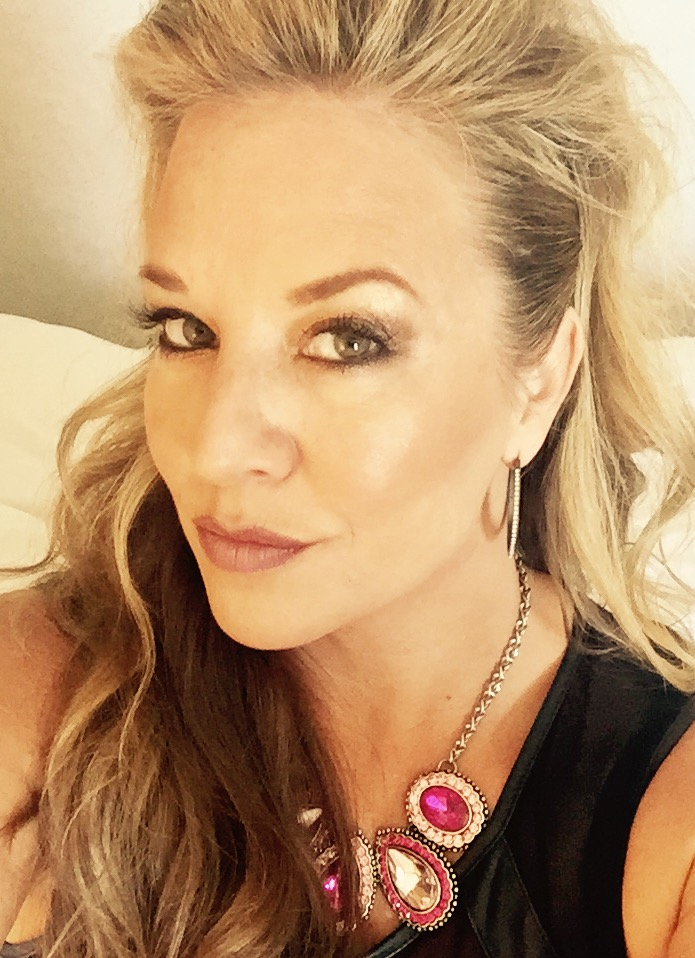 Jennifer Adler. Professional Hair Artist & Eyelash Extension Specialist & Industry Trainer.