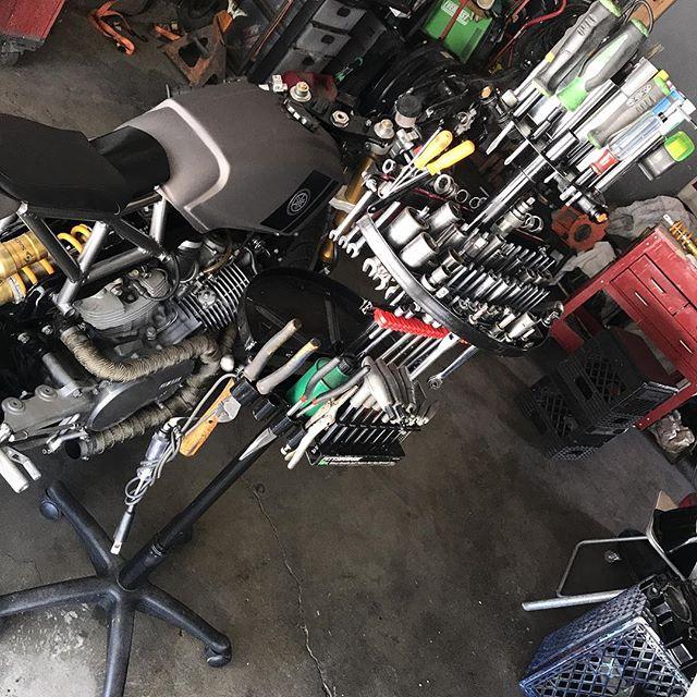 Broken shop stool + Broken Office chair = Custom tool caddy for daddy 🙆🏻♂️🏍