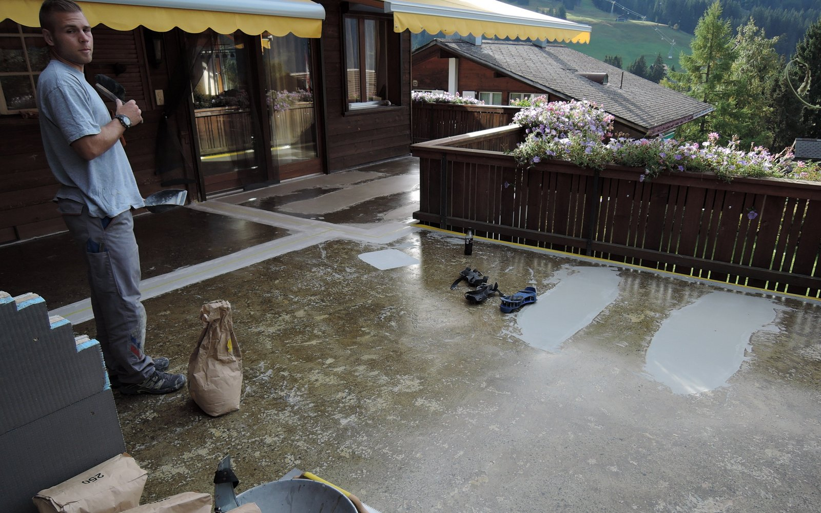 Terrasse abdichten mit Kunstharz