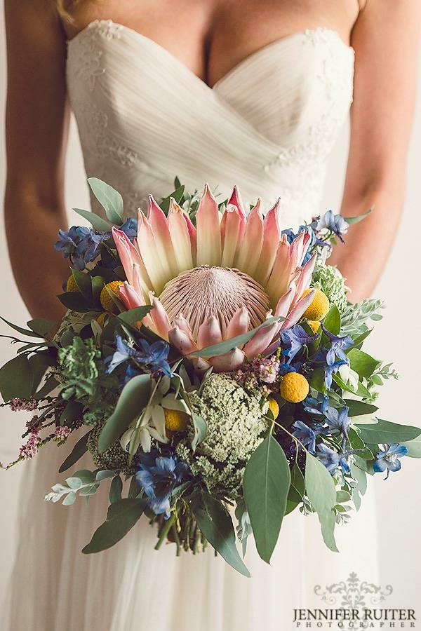 Lisa - The flowers were just incredible! Thank you so much again! Photography Jennifer Ruiter Photography