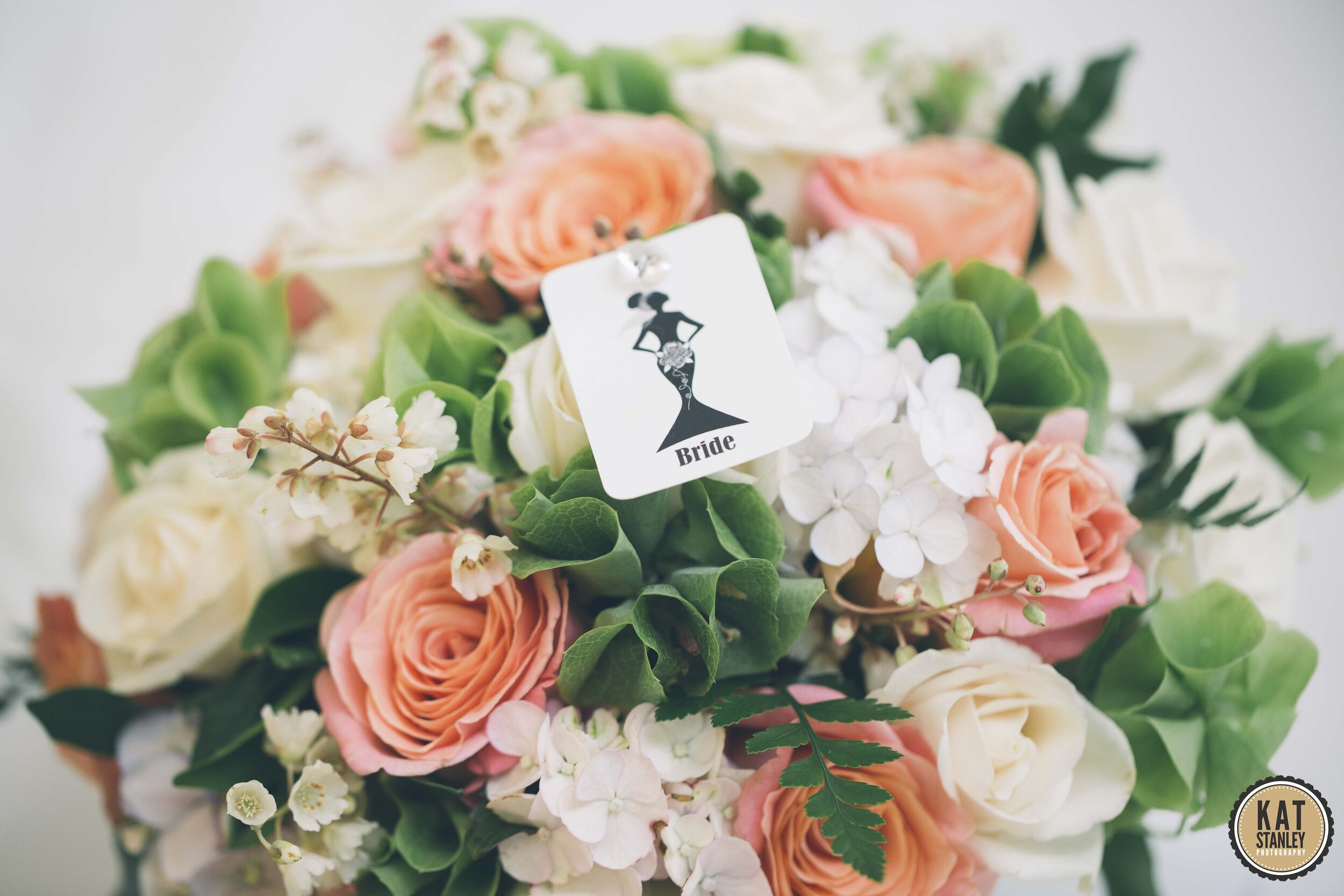Are you happy to organise all your wedding flowers via email and phone, with no face to face consultations? -