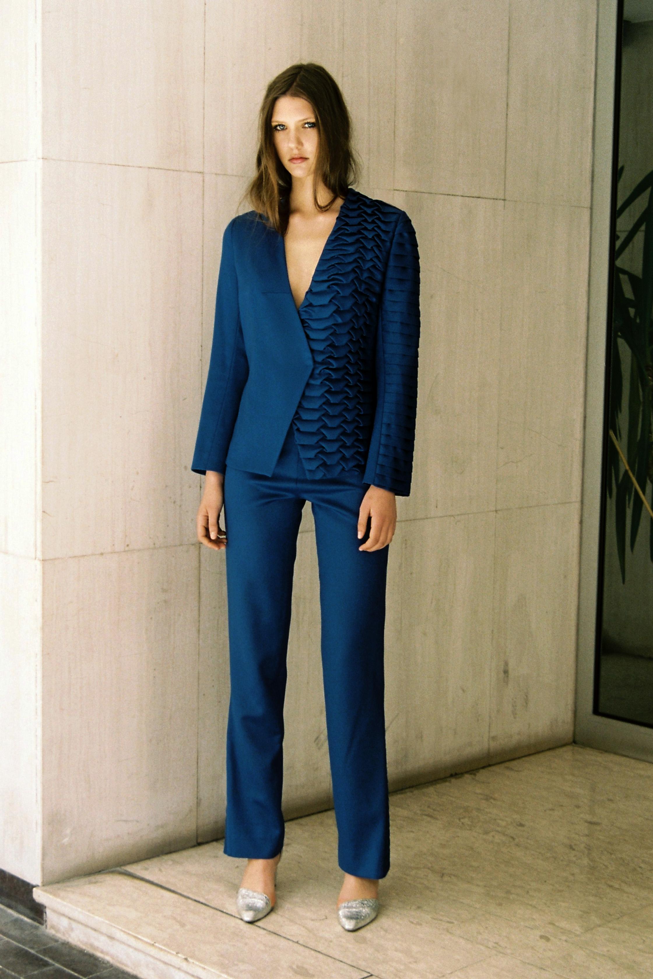 Suit / Jacket and Pants: Zorana Janjic  Shoes: J. Dileviciute