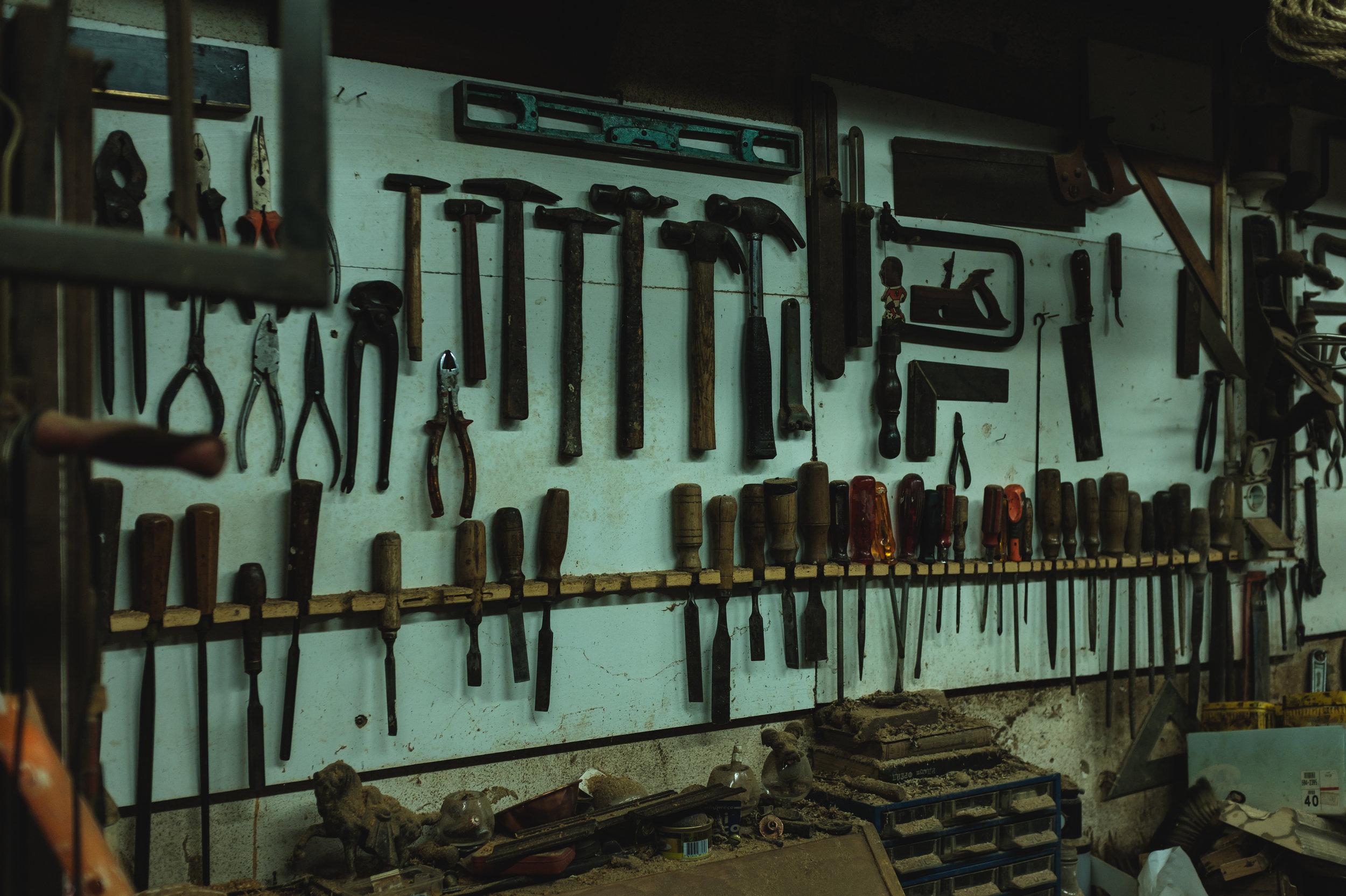 Oficina de Joaquim e as ferramentas