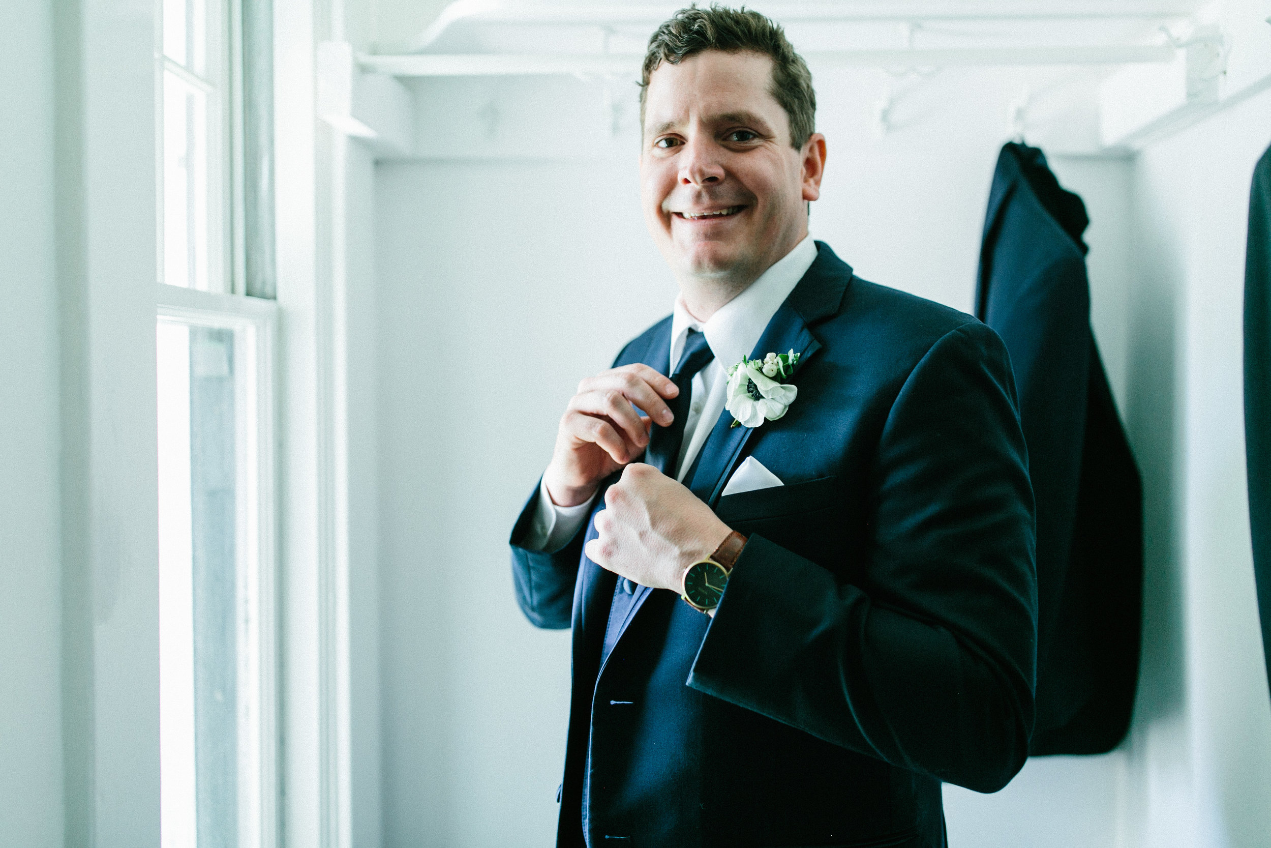 jett-walker-photography-groom-style-01.jpg