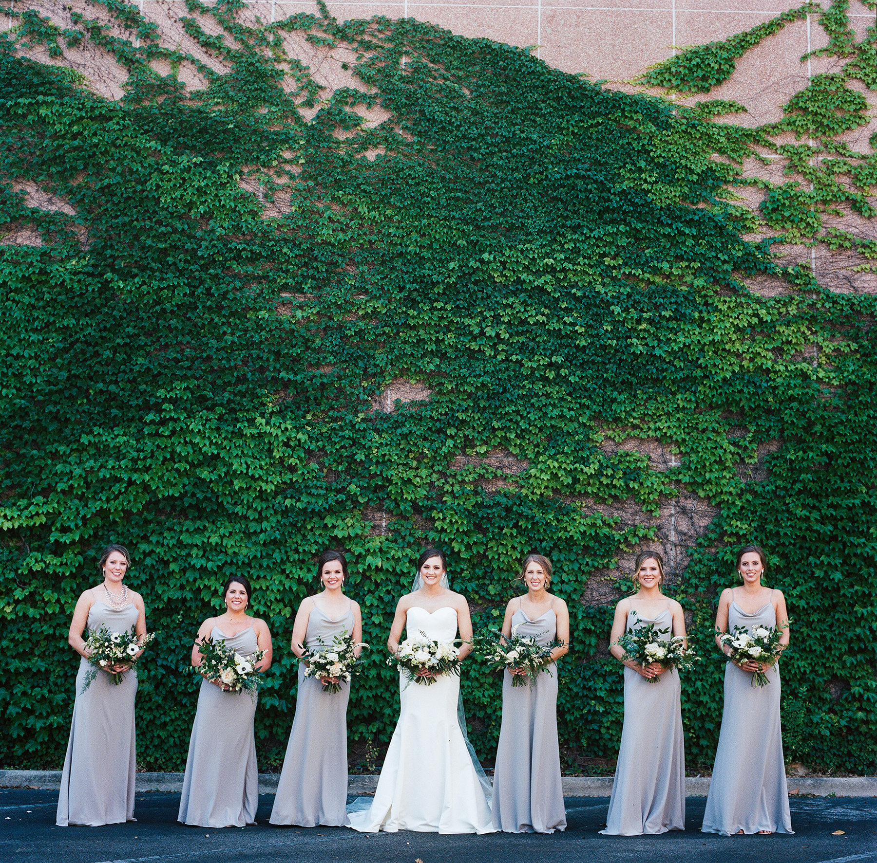 jett-walker-photography-bridesmaids.jpg