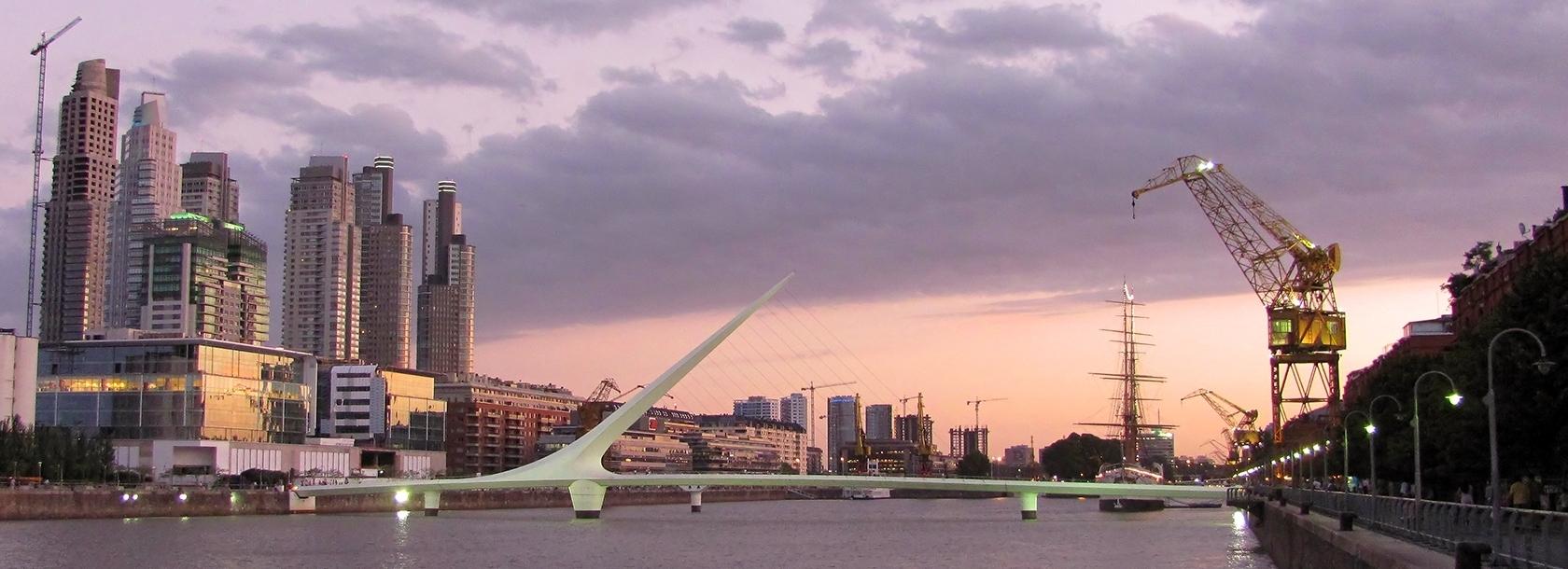 Puente-de-la-mujer.jpg