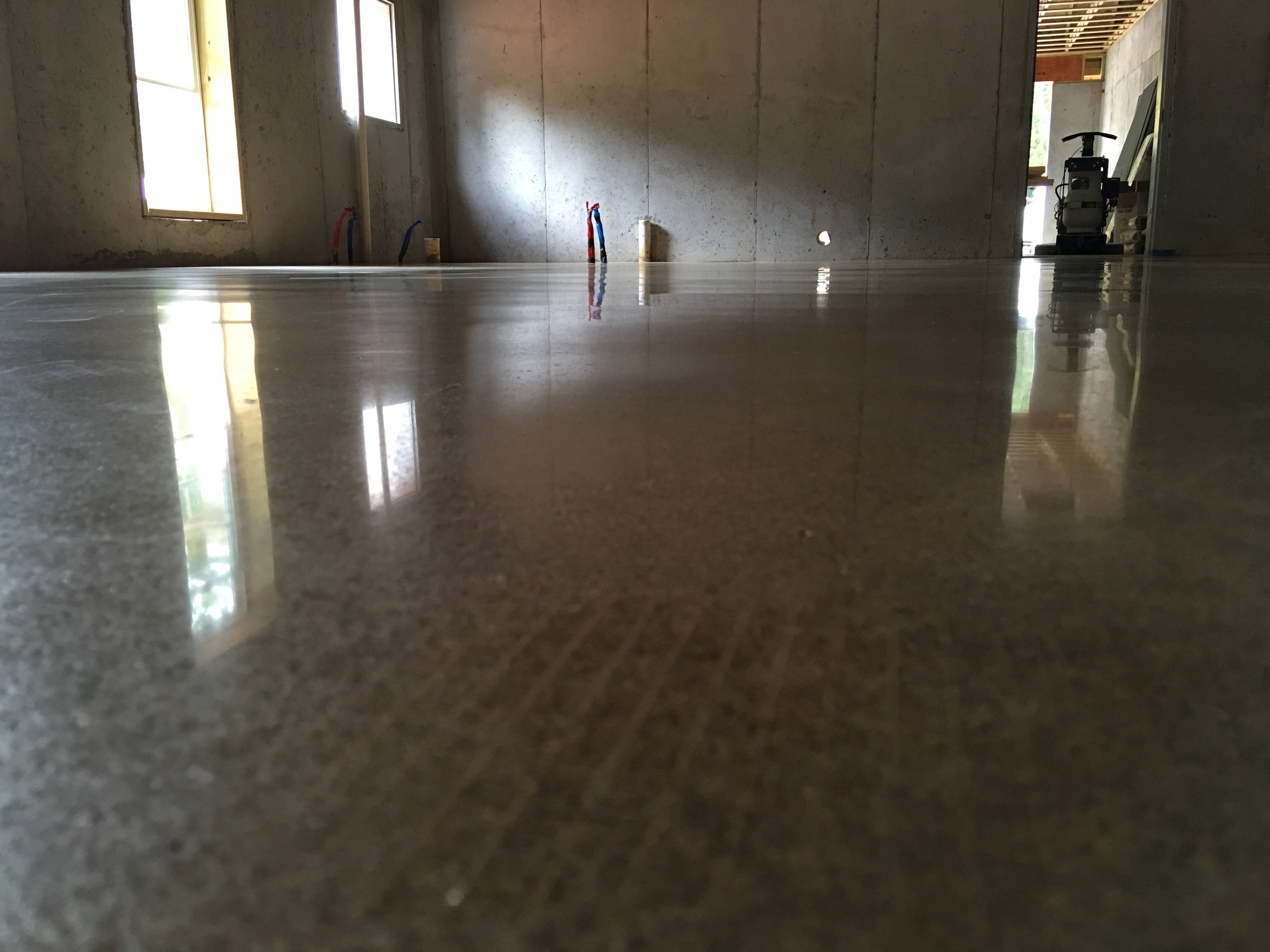 3,000 Grit Polished Bronze and Espresso Colored Floor