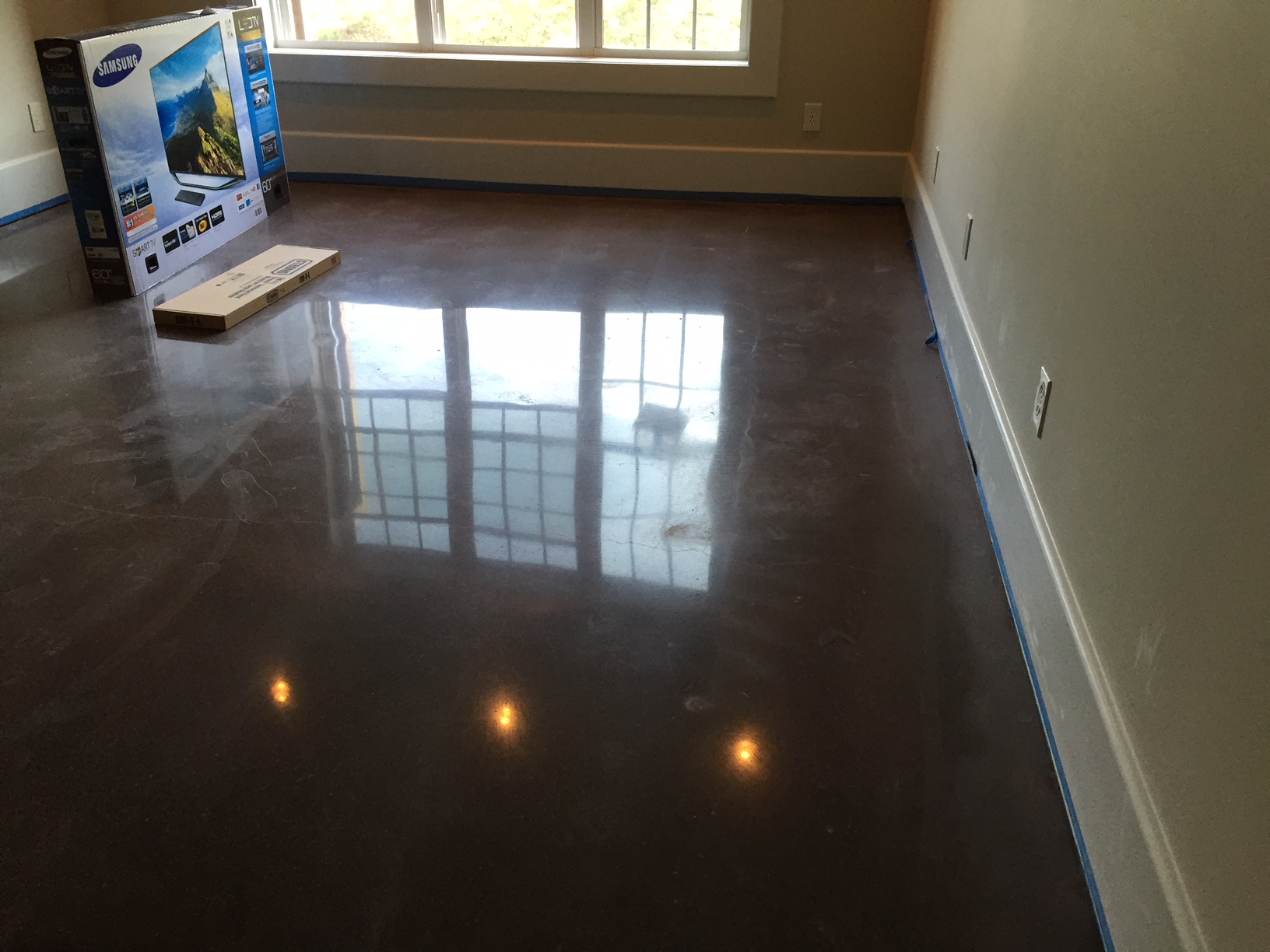 Dark Brown Floor Polished to High-Shine