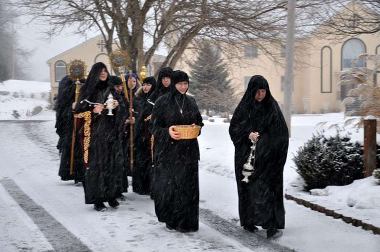 monastery feastday 032.jpeg